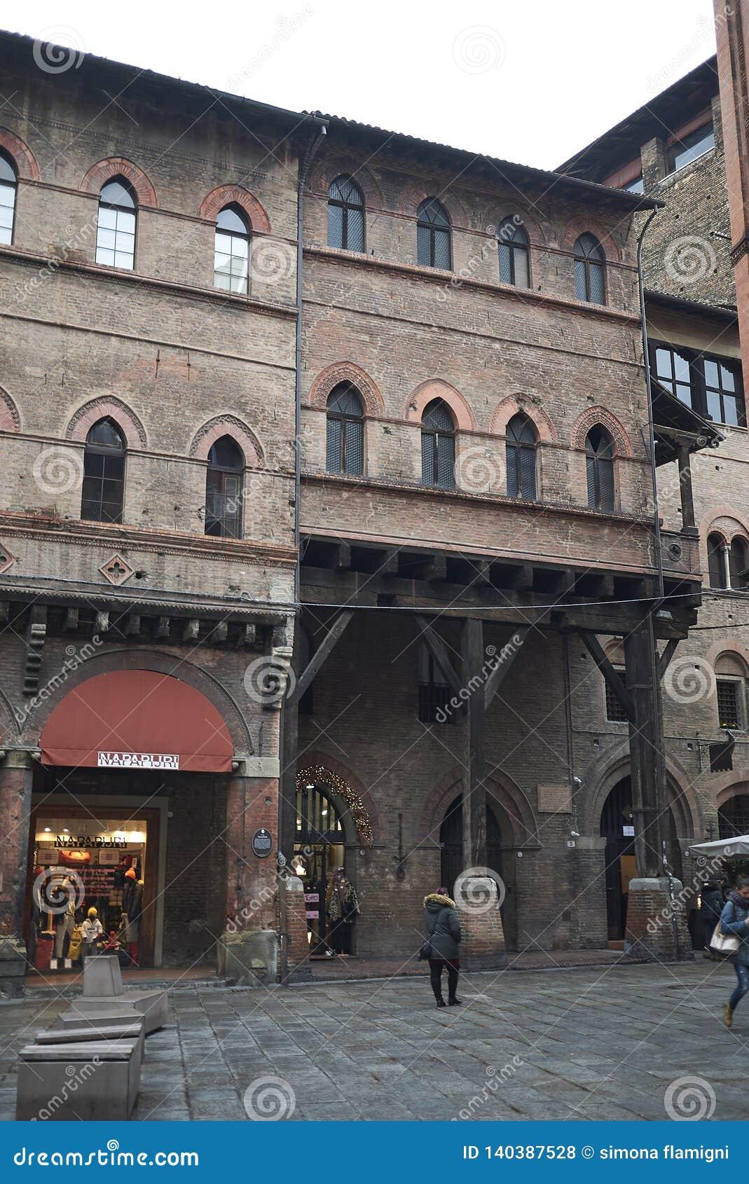 Weergeven van Piazza della Mercanzia