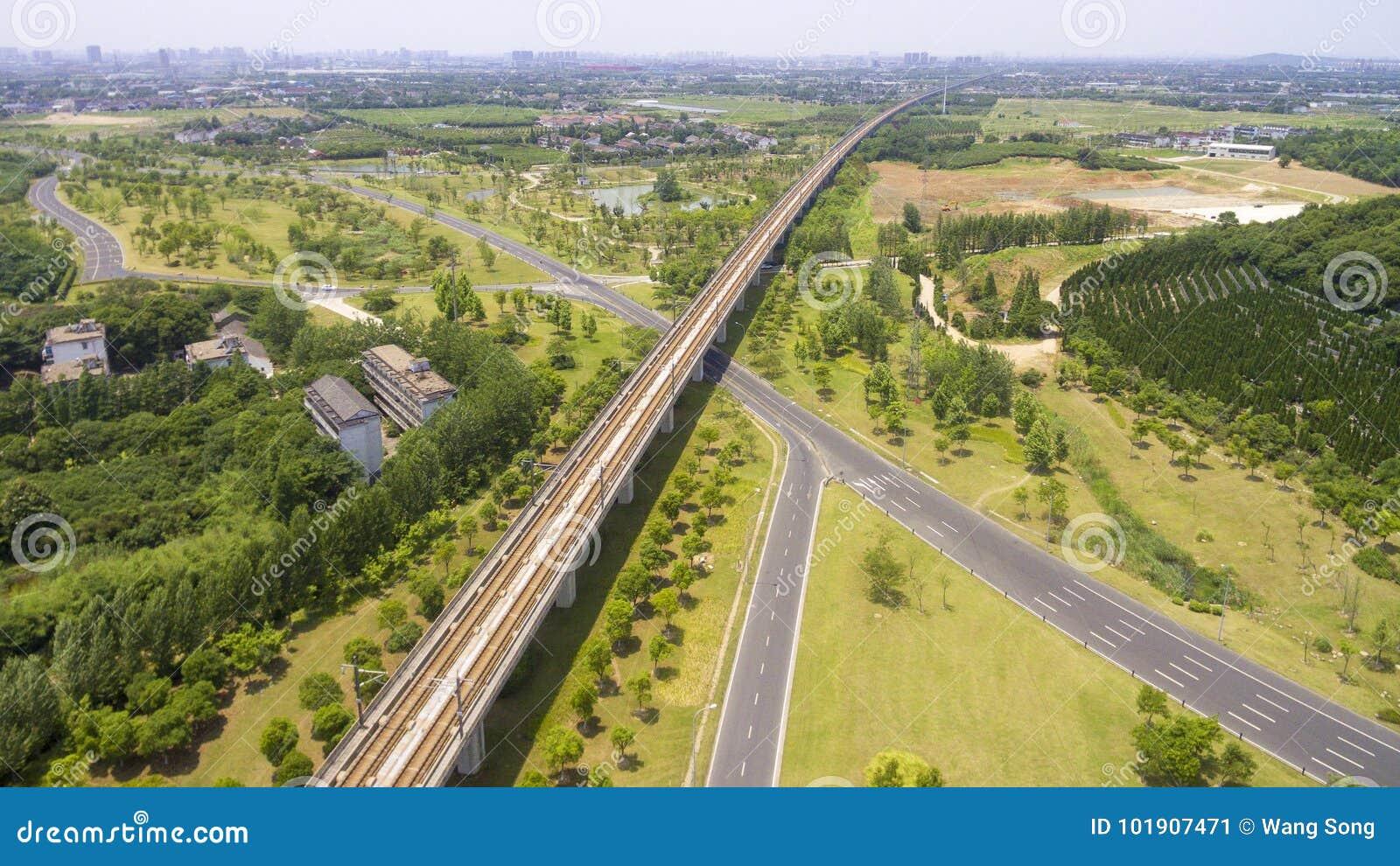 Wegen en spoorwegen