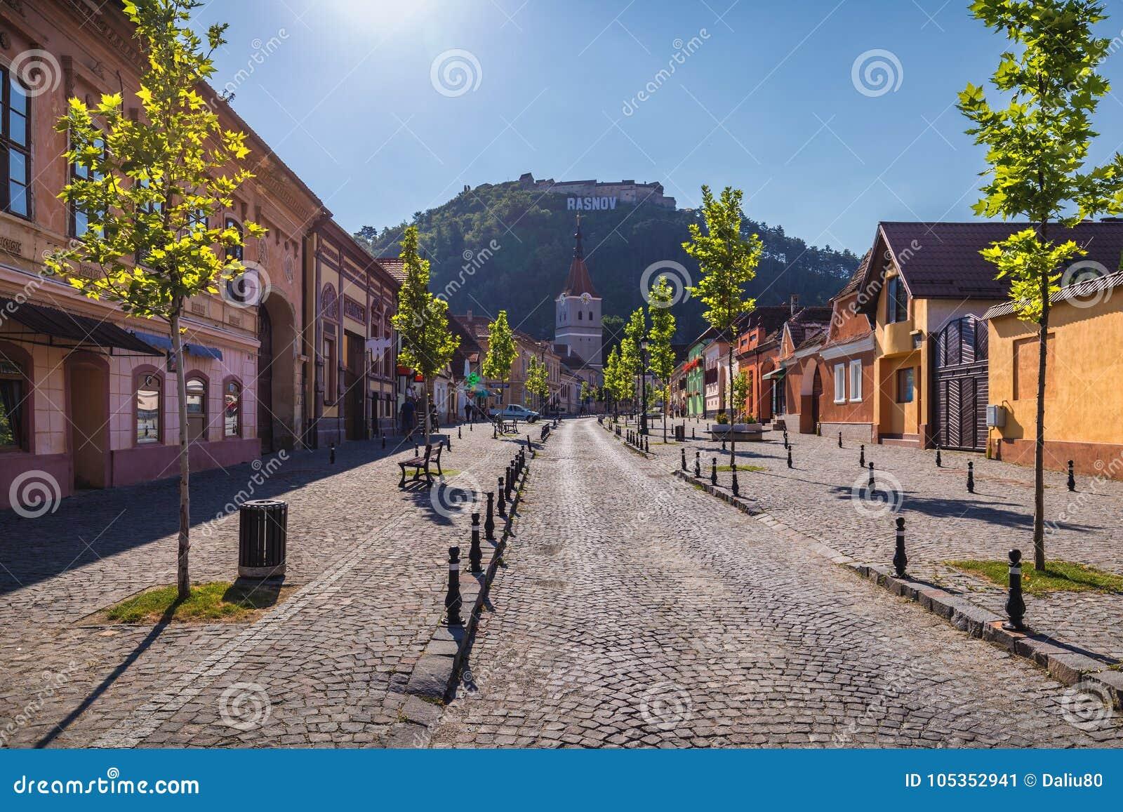 Wehrkirche in Rasnov-Stadt und in der mittelalterlichen Festung Cetate I