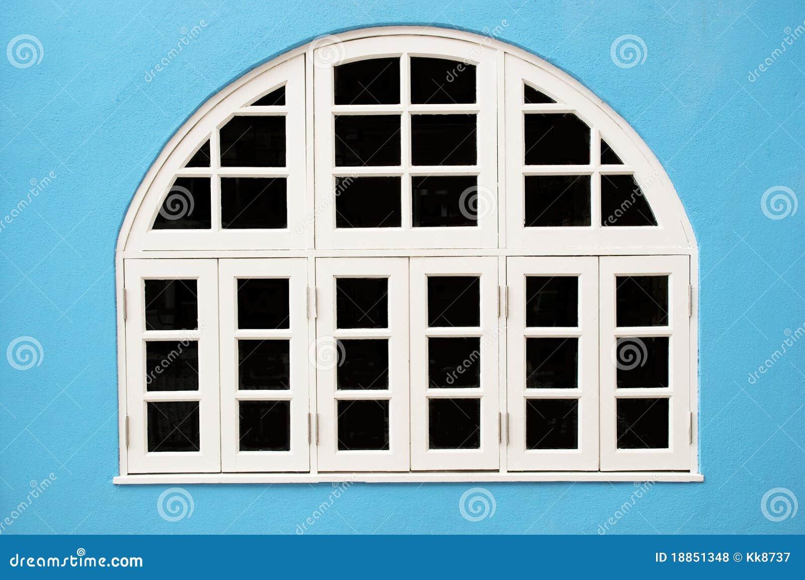 wei e fenster lizenzfreie stockfotos bild 18851348. Black Bedroom Furniture Sets. Home Design Ideas