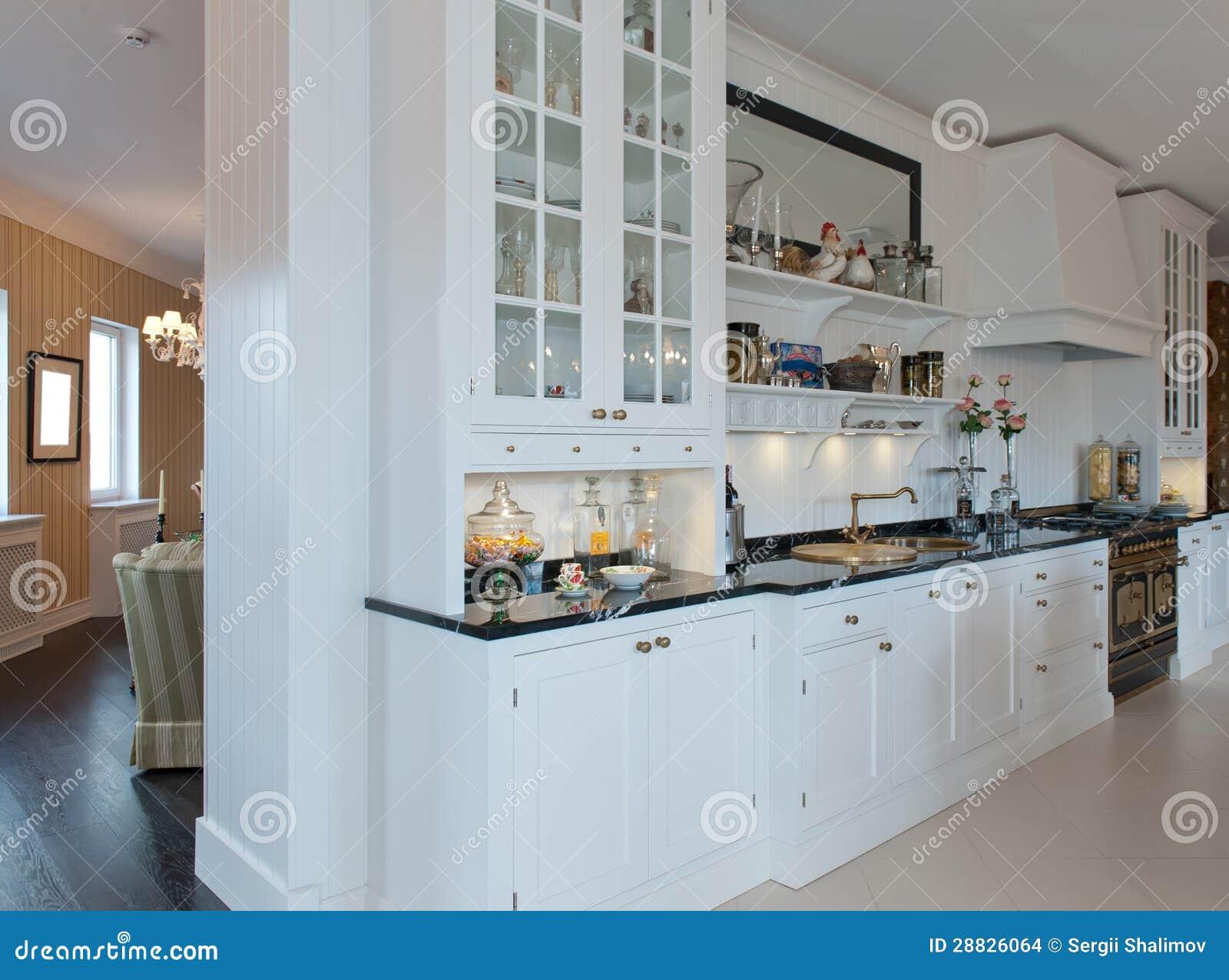 Weiße Küche stockfoto. Bild von innen, weiß, wohnsitz - 28826064