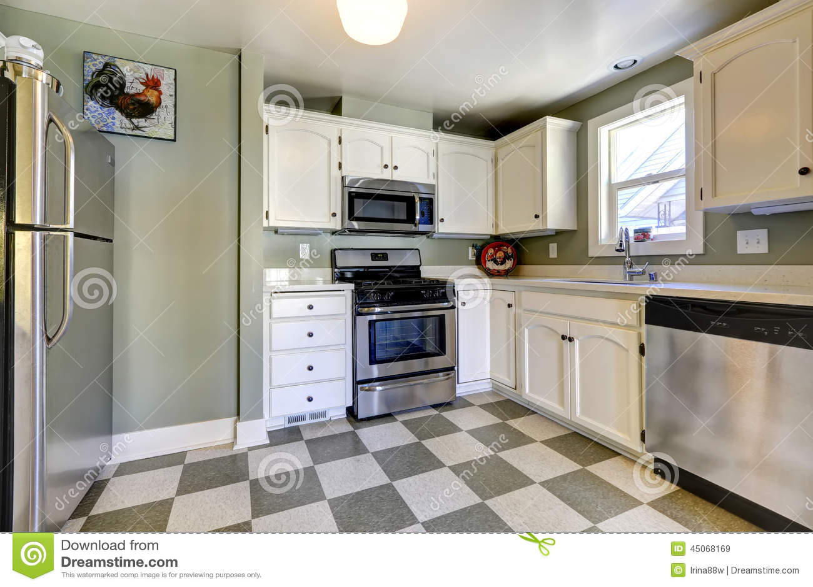 Weiße Küchenschränke Und Stahlgeräte Stockbild - Bild von schränke ...