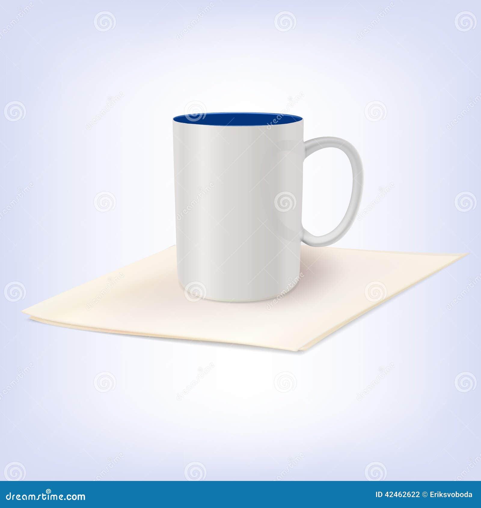Weiße keramische Schale, die auf einer Serviette steht