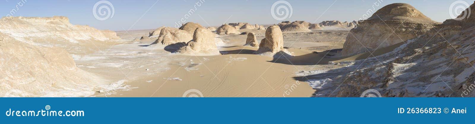 Weiße Wüstenberge