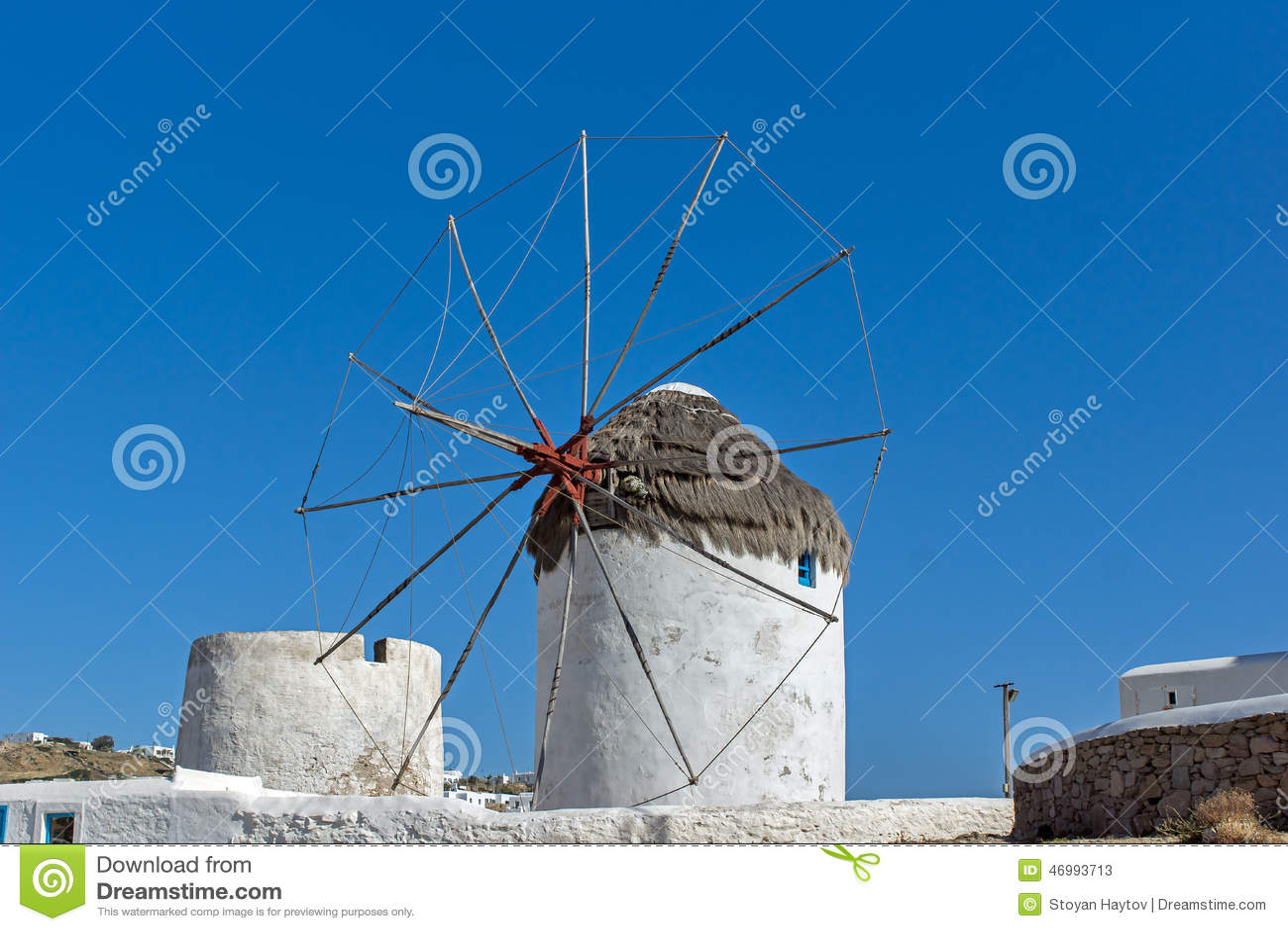 Weiße Windmühle auf der Insel von Mykonos, die Kykladen-Inseln