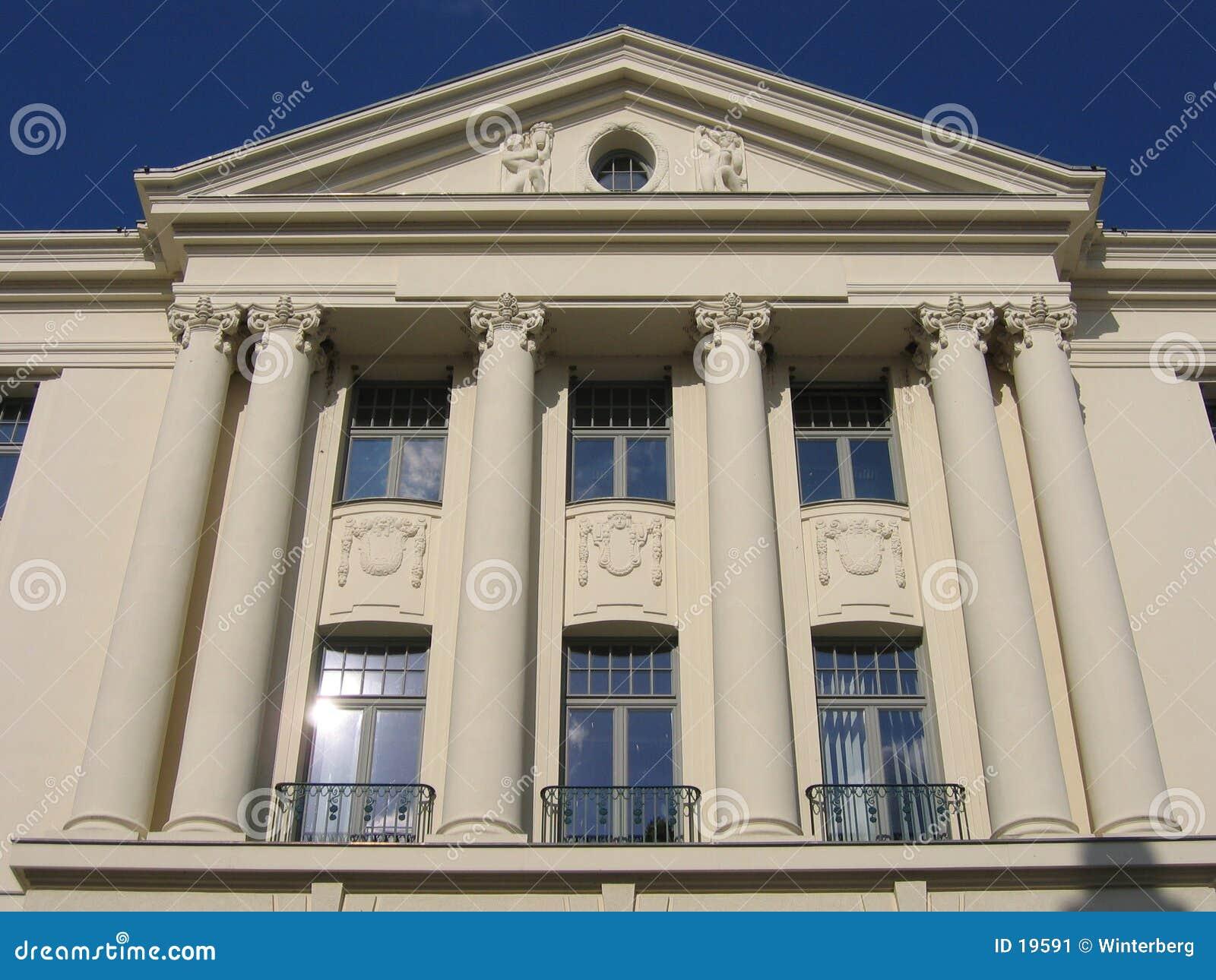 Weißes Gebäude I