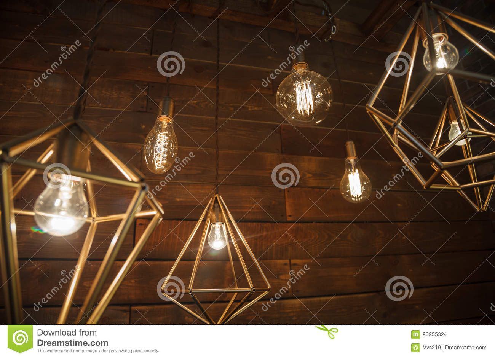 Moderne Lampen 90 : Weißglühende retro lampen in einer modernen art edison lampe