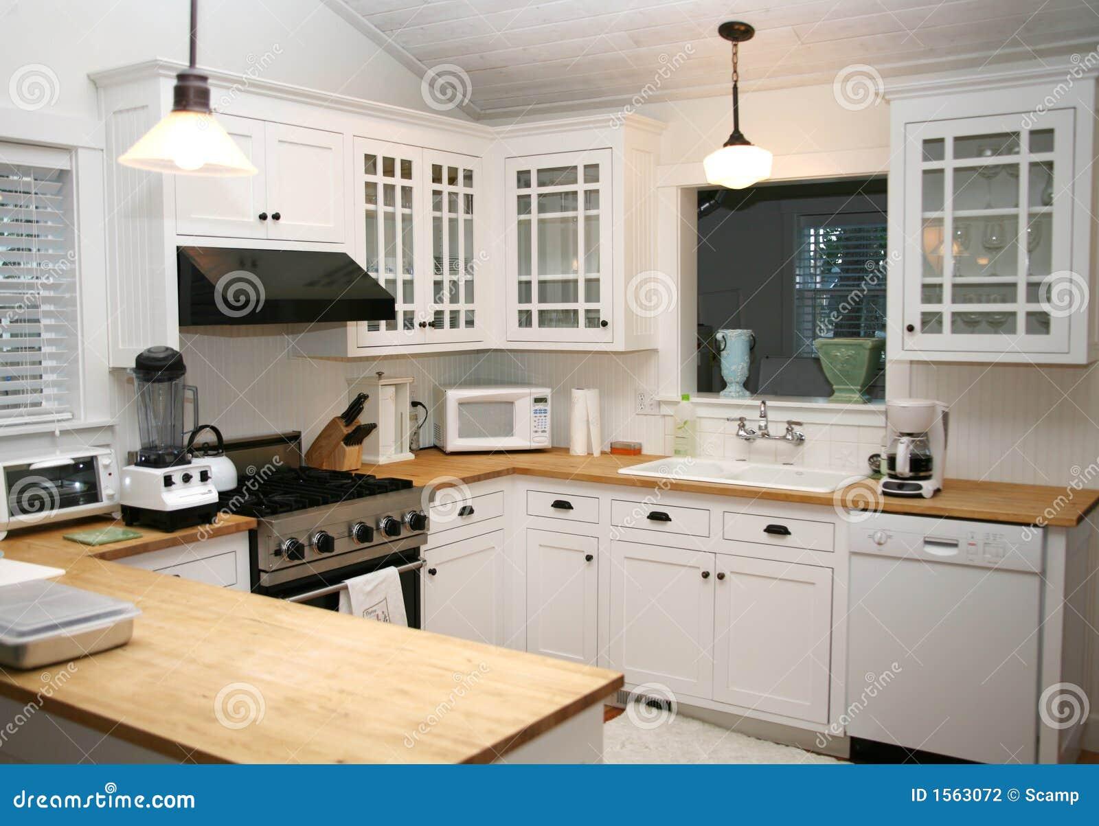 Weiße land küche lizenzfreie stockfotografie   bild: 1563087