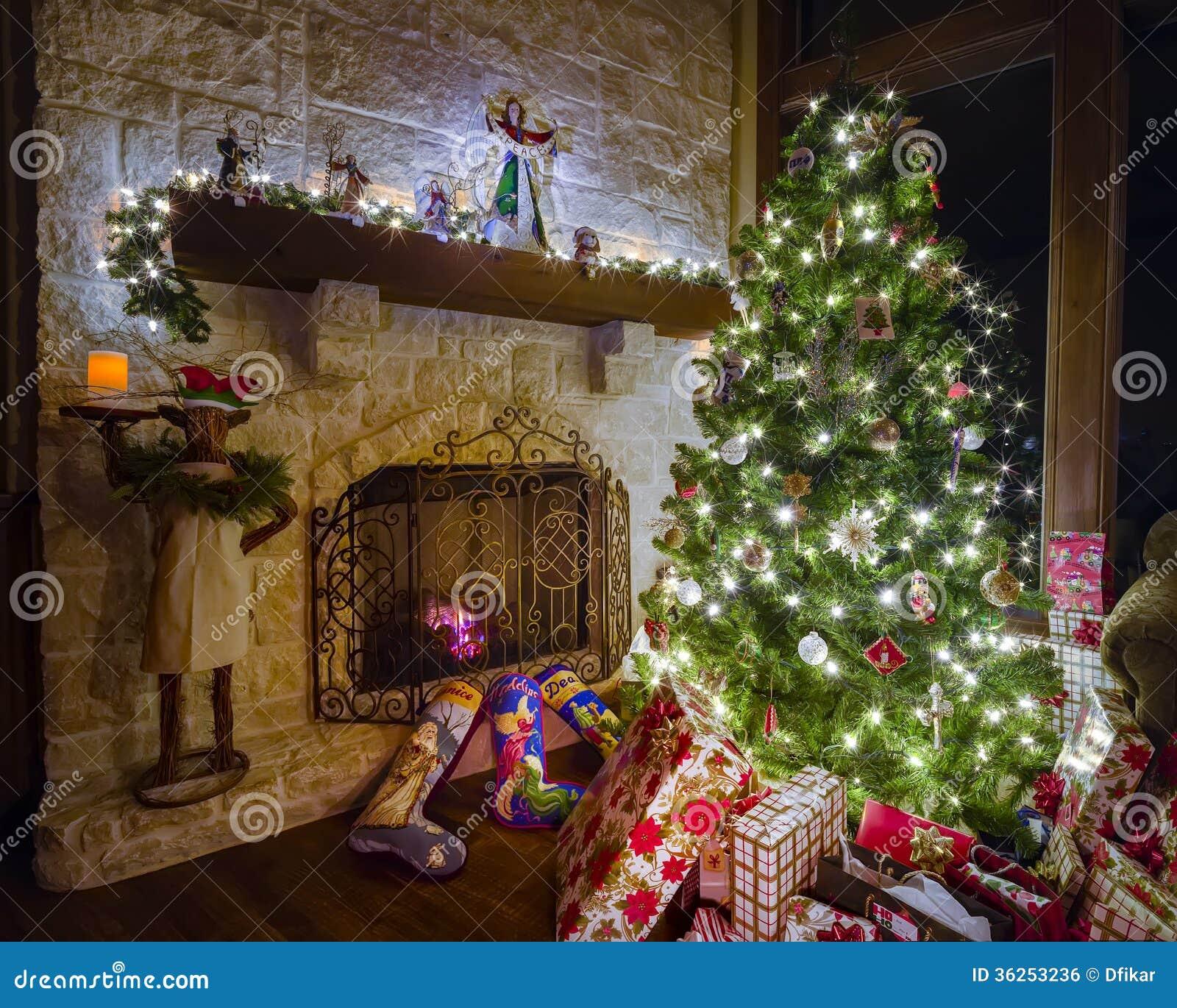 Weihnachten im wohnzimmer lizenzfreies stockbild bild for Weihnachten wohnzimmer