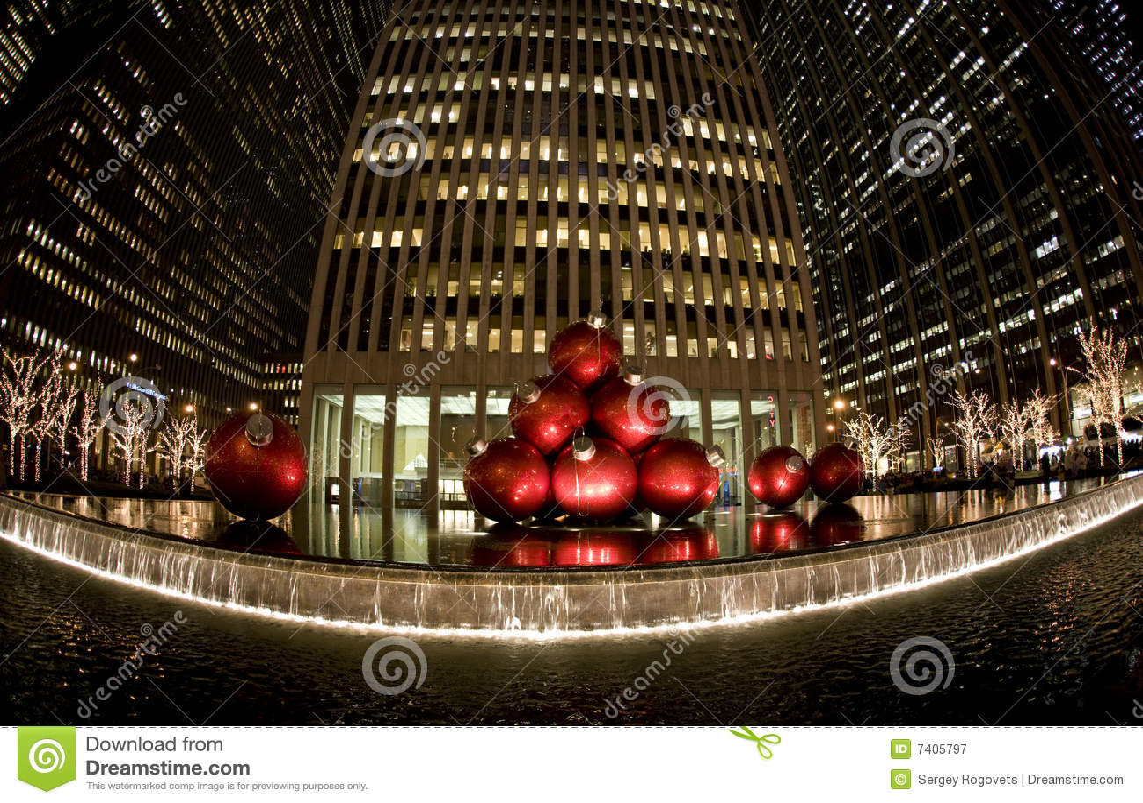weihnachten in new york redaktionelles stockfotografie bild 7405797. Black Bedroom Furniture Sets. Home Design Ideas