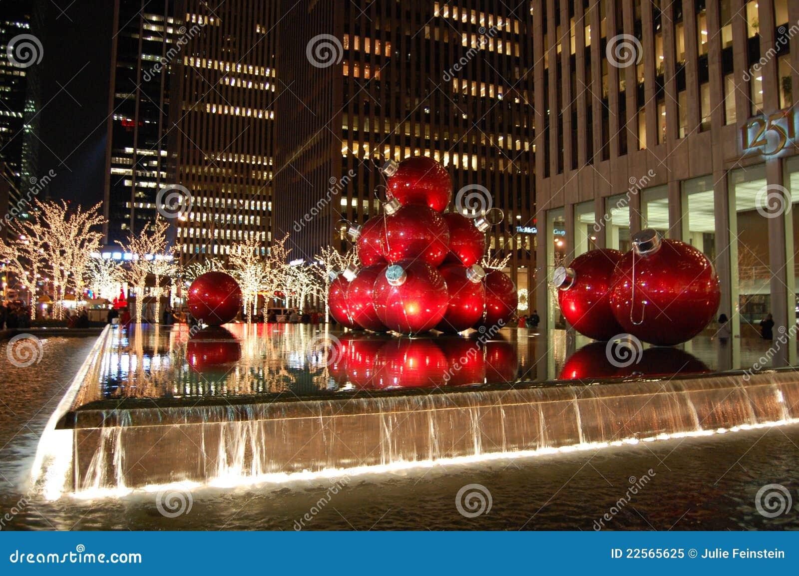weihnachten in new york city redaktionelles bild bild 22565625. Black Bedroom Furniture Sets. Home Design Ideas