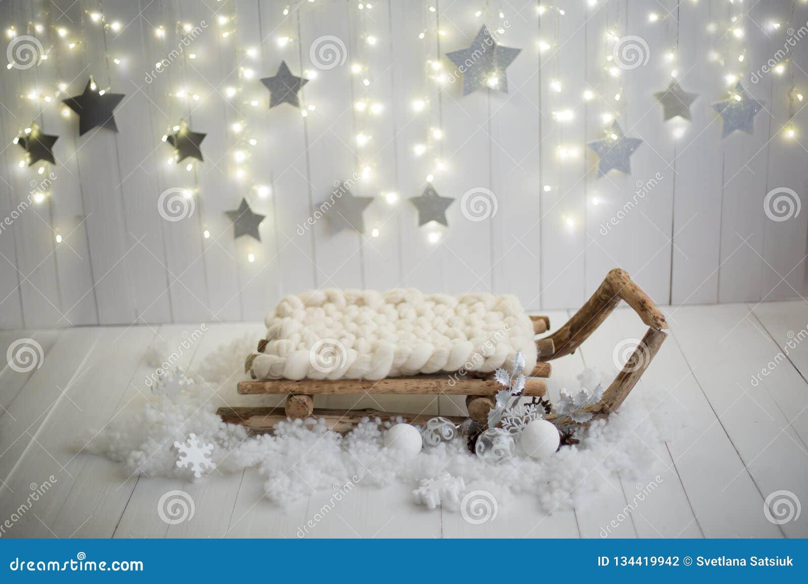Weihnachtsfotozone Lokalisierung auf Weiß Künstlicher Schnee