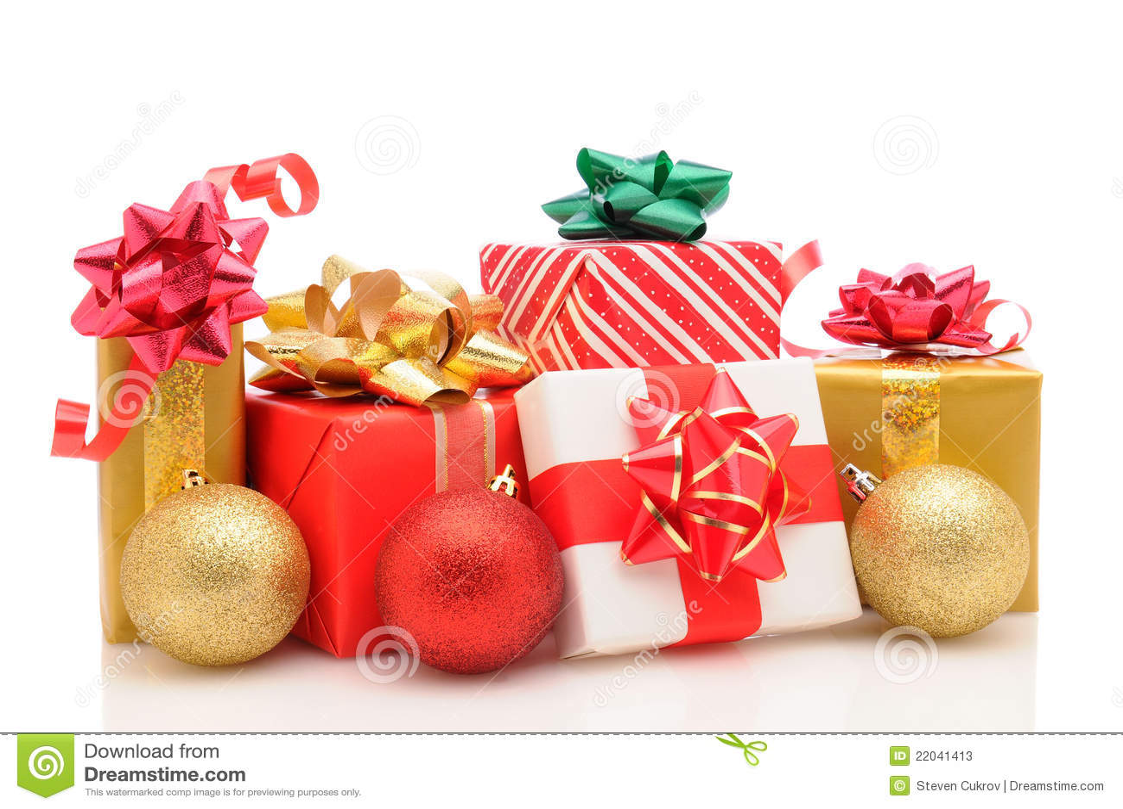 Weihnachtsgeschenke Und Verzierungen Auf Weiß Stockbild - Bild von ...