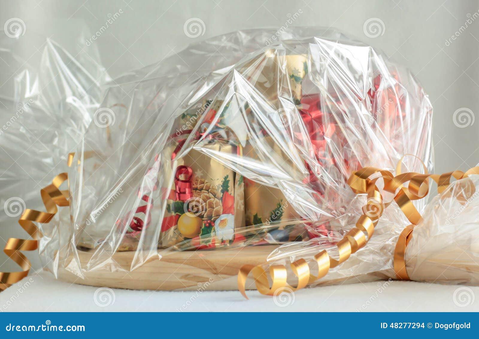 Weihnachtskorb stockfoto. Bild von nahrung, gelb, feinschmecker ...