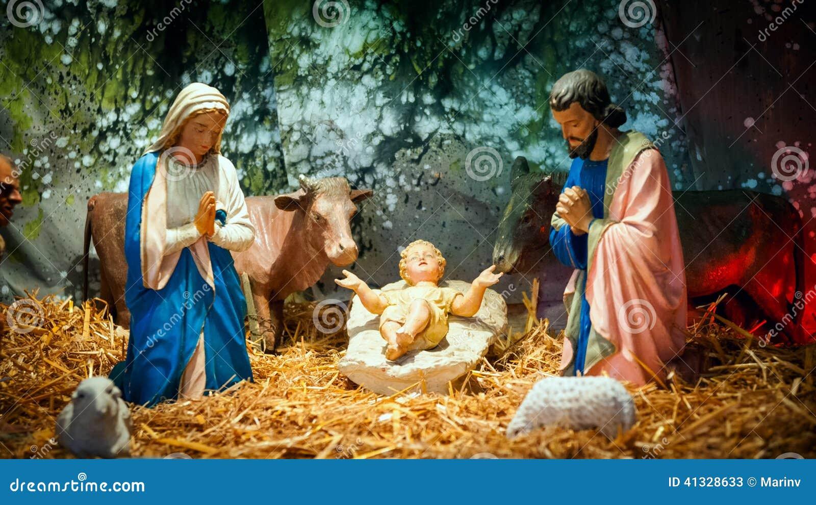 Weihnachtskrippe mit Baby Jesus, Mary u. Joseph