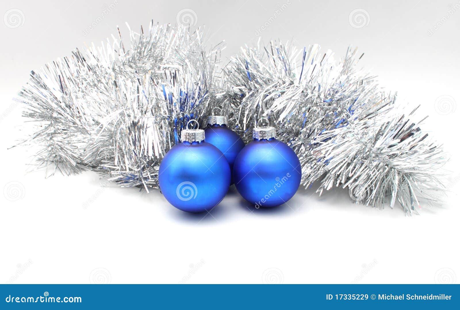 Weihnachtskugeln blau stockbild bild von kalt for Weihnachtskugeln bilder