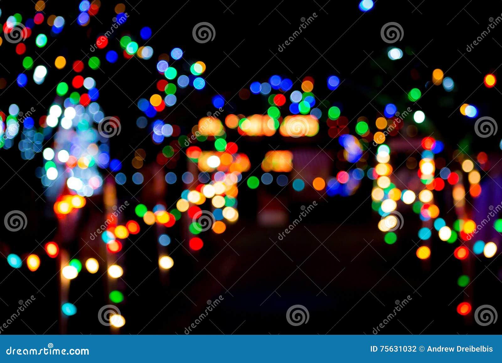 Weihnachtsleuchte bokeh stockfoto. Bild von glühen, leuchte - 75631032