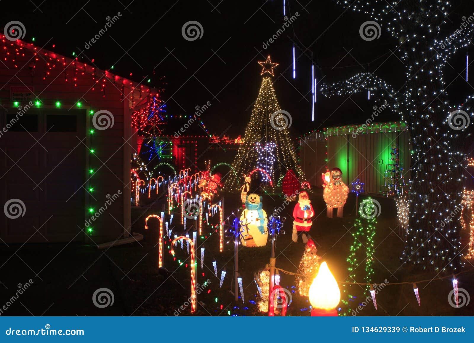Weihnachtslichter an der Nachtaufnahmenahaufnahme