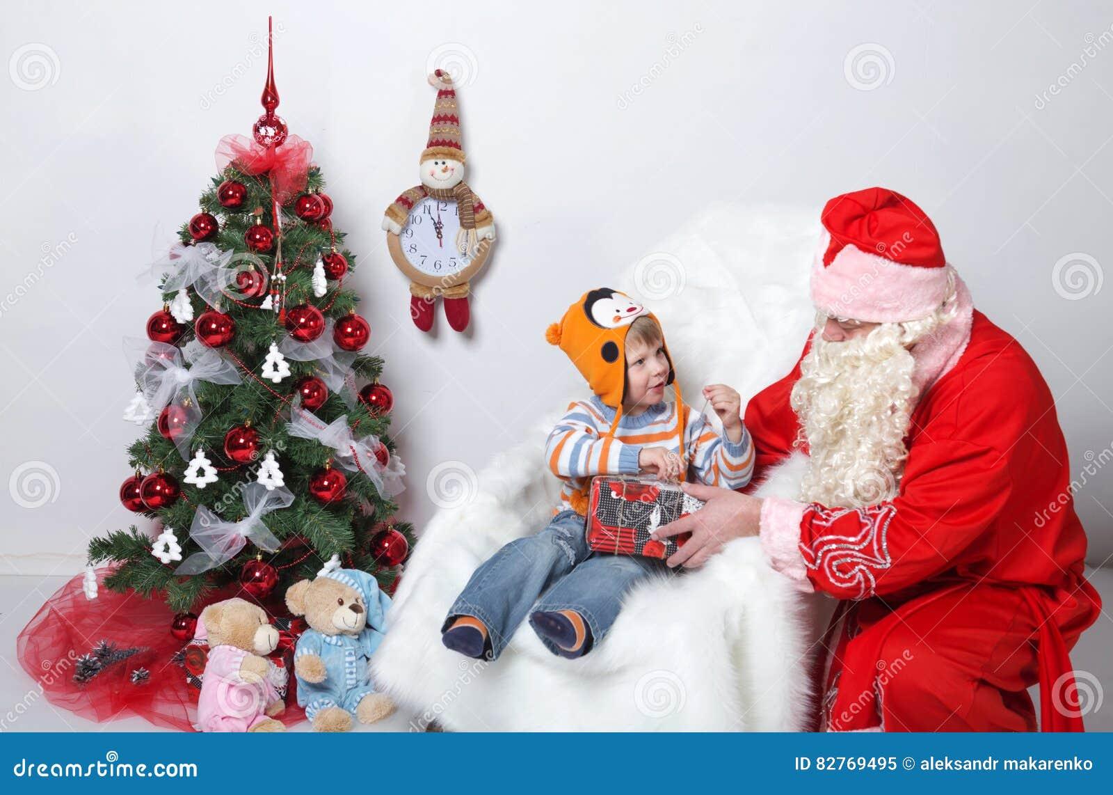 Weihnachtsmann _2 Vater-Christmas-Wünsche Von Kindern Am ...