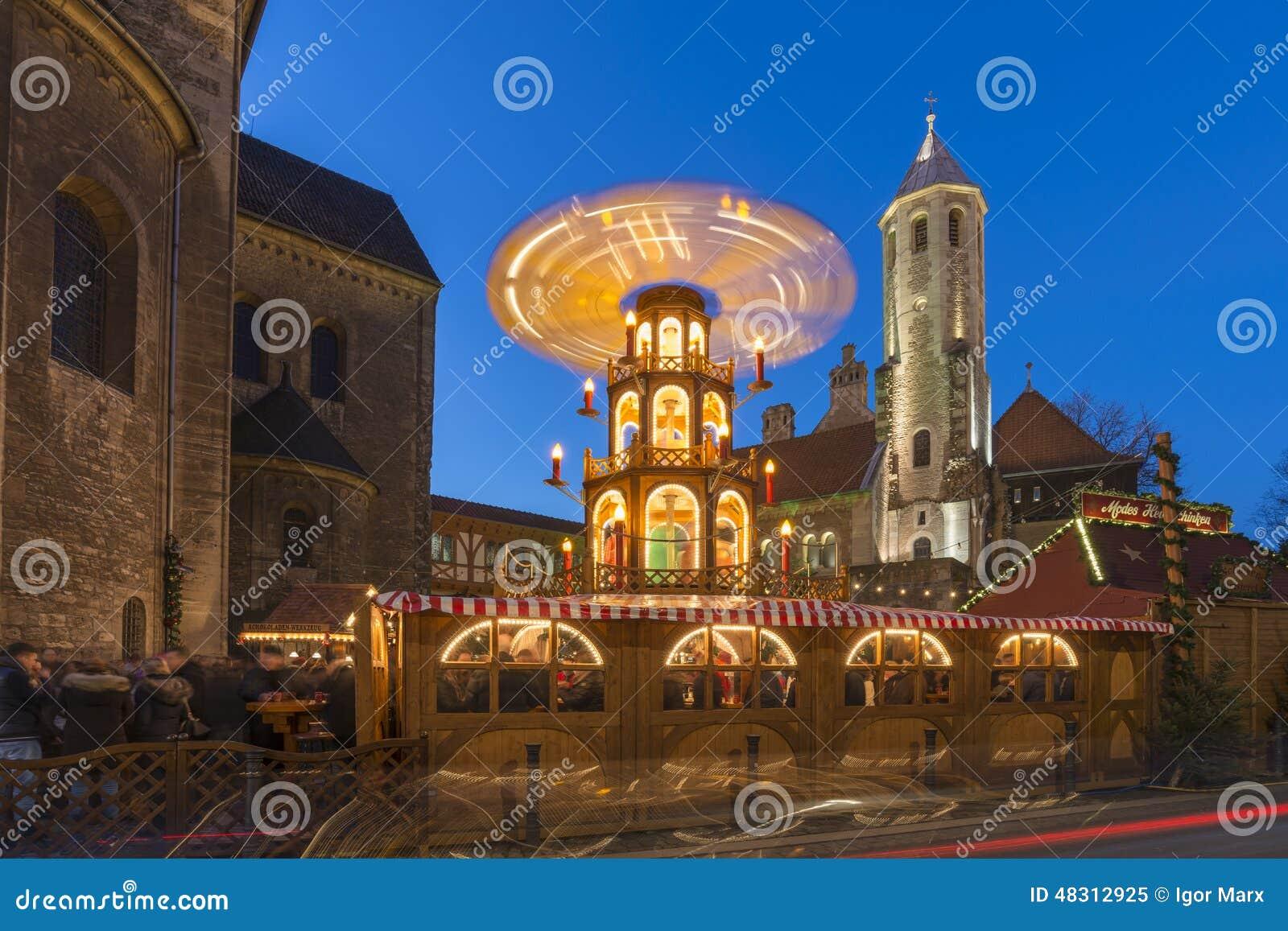 Weihnachtsmarkt Braunschweig.Weihnachtsmarkt In Braunschweig Stockbild Bild Von Leuchte