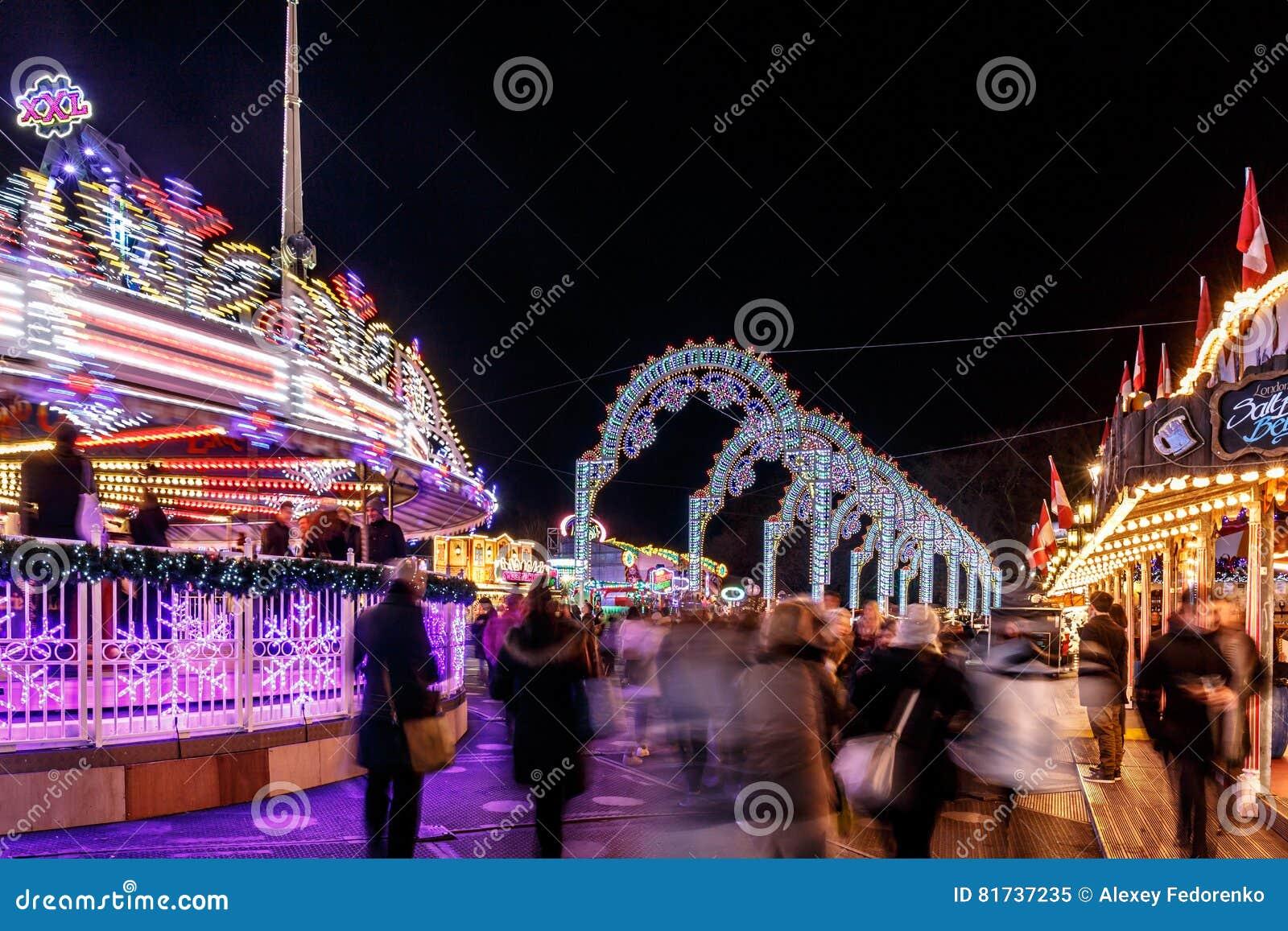 Weihnachtsmarkt Auf Englisch.Weihnachtsmarkt In Hyde Park Im Jahre 2016 Redaktionelles Bild