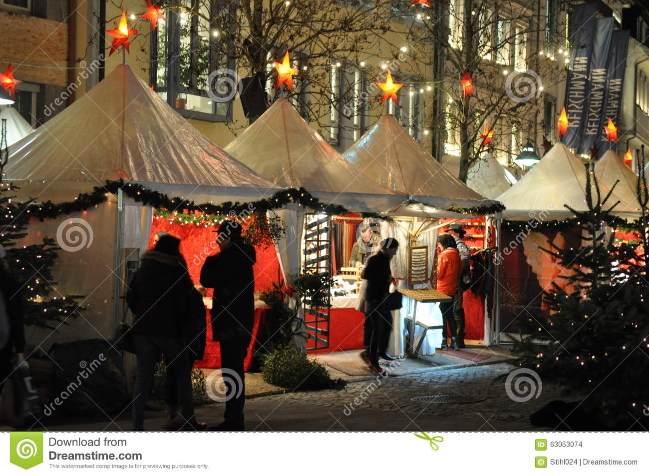 weihnachtsmarkt in ravensburg redaktionelles stockbild bild 63053074. Black Bedroom Furniture Sets. Home Design Ideas