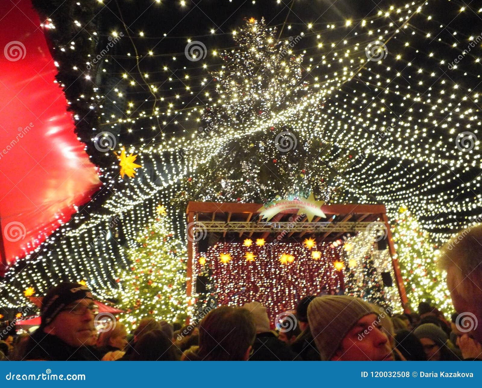 Weihnachtsmarkt W.Weihnachtsmarkt W Kolonia Zdjęcie Stock Editorial Obraz Złożonej Z