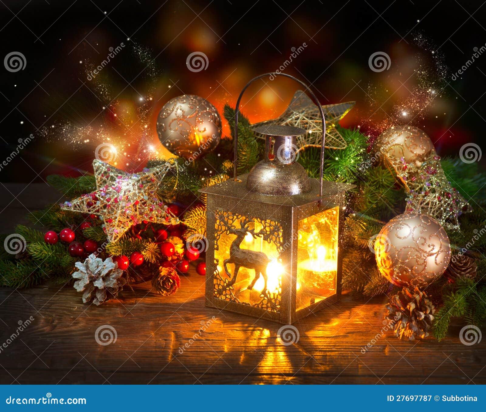Weihnachtsszene. Gruß-Karte Stockbild - Bild von schön, gold: 27697787