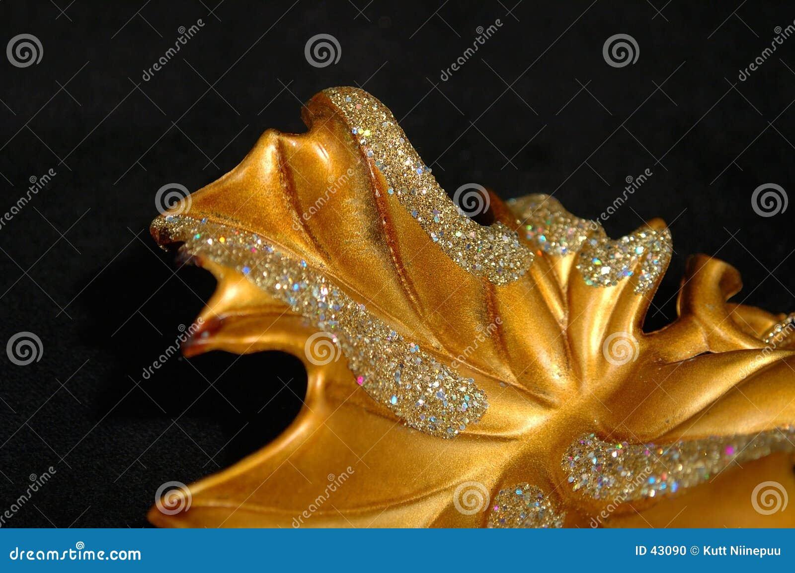 Weihnachtsverzierung - goldener Blatt-Auszug
