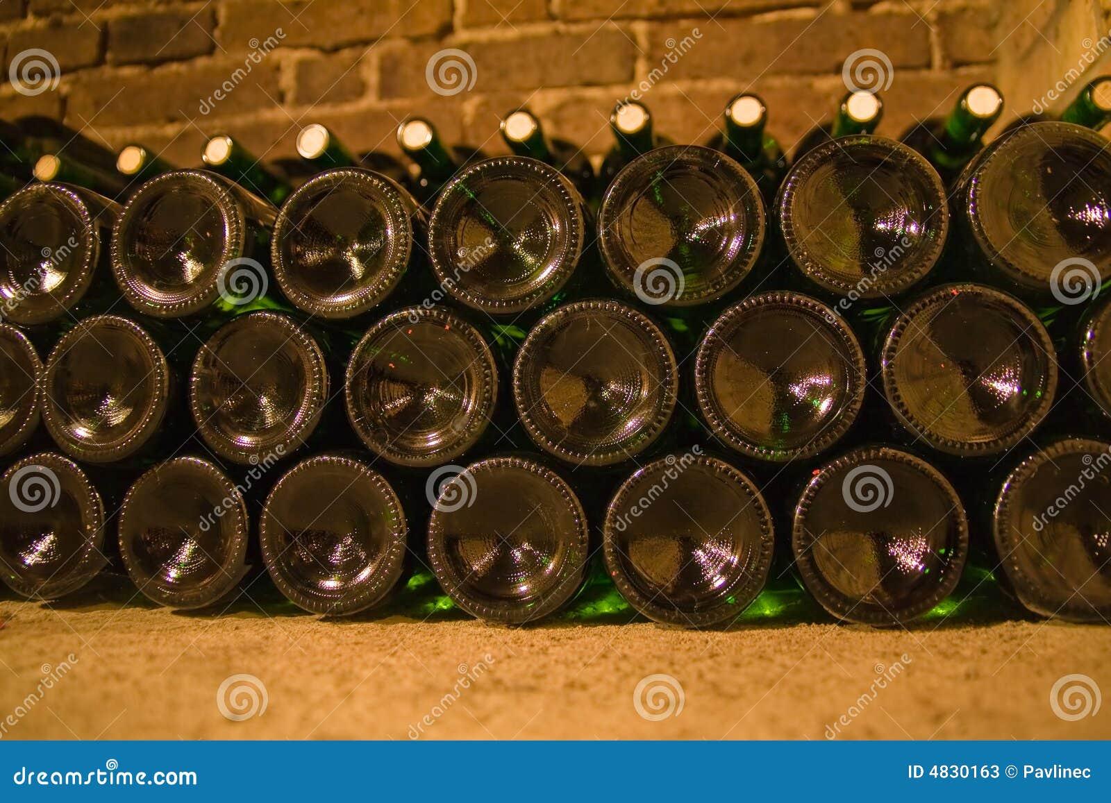Wein bottles5