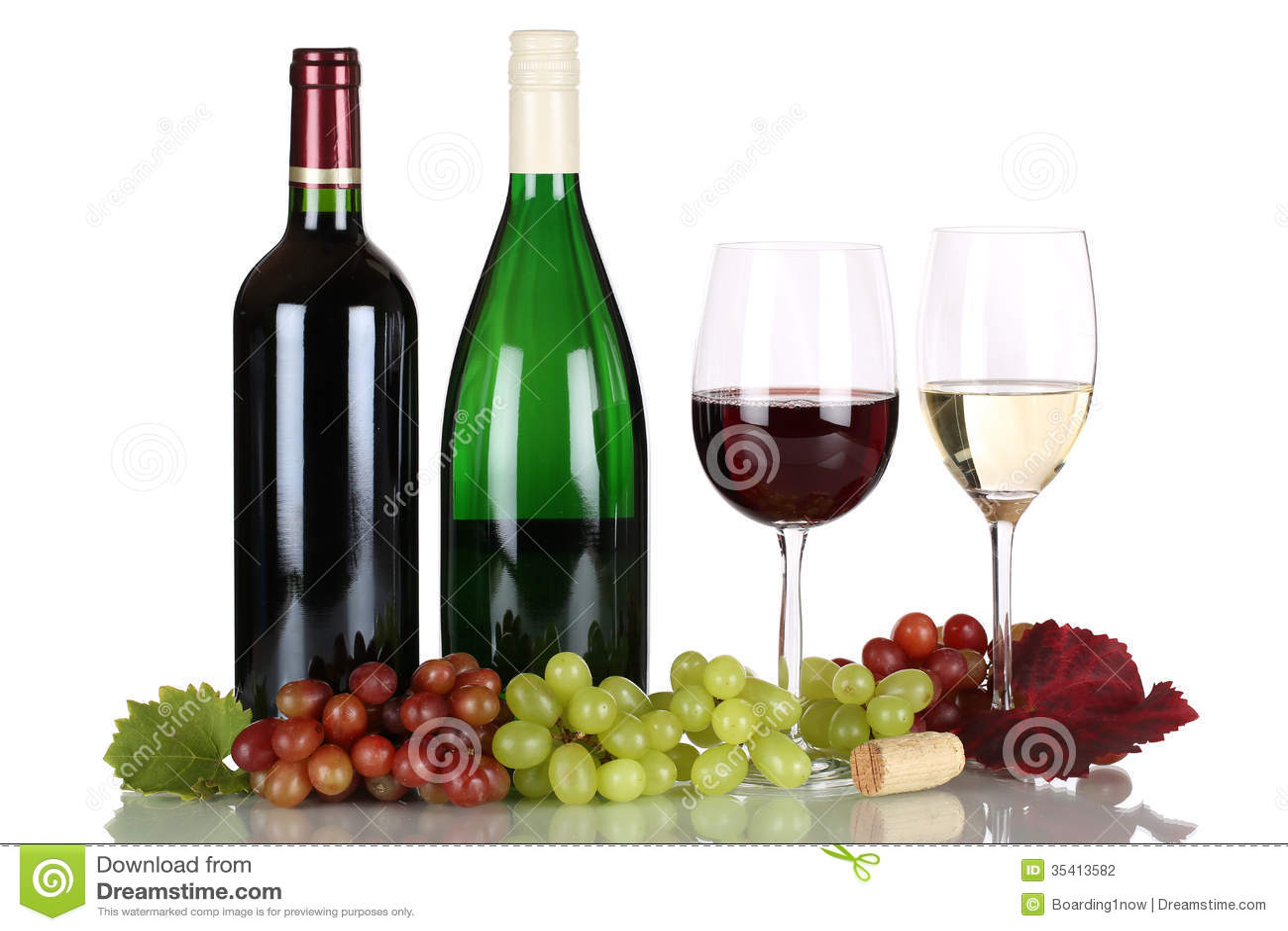 Wein in den Flaschen auf Weiß