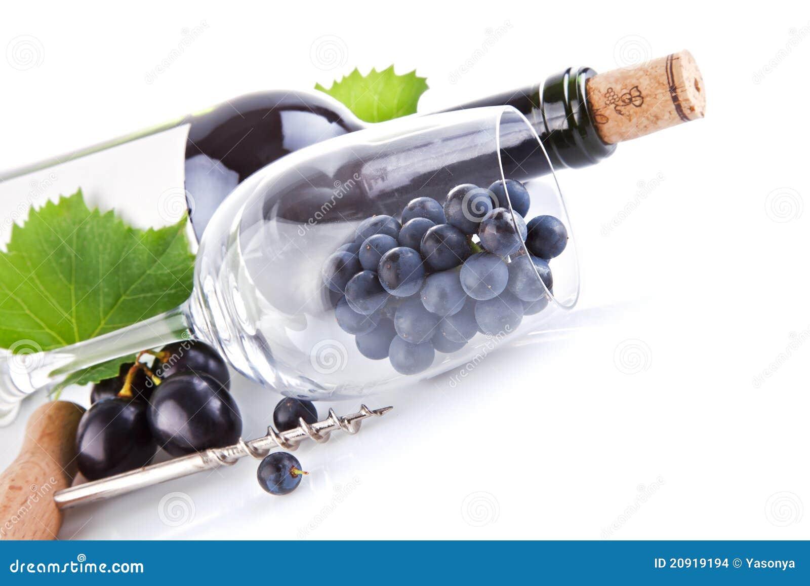weinflasche mit glas und trauben stockfoto bild von. Black Bedroom Furniture Sets. Home Design Ideas
