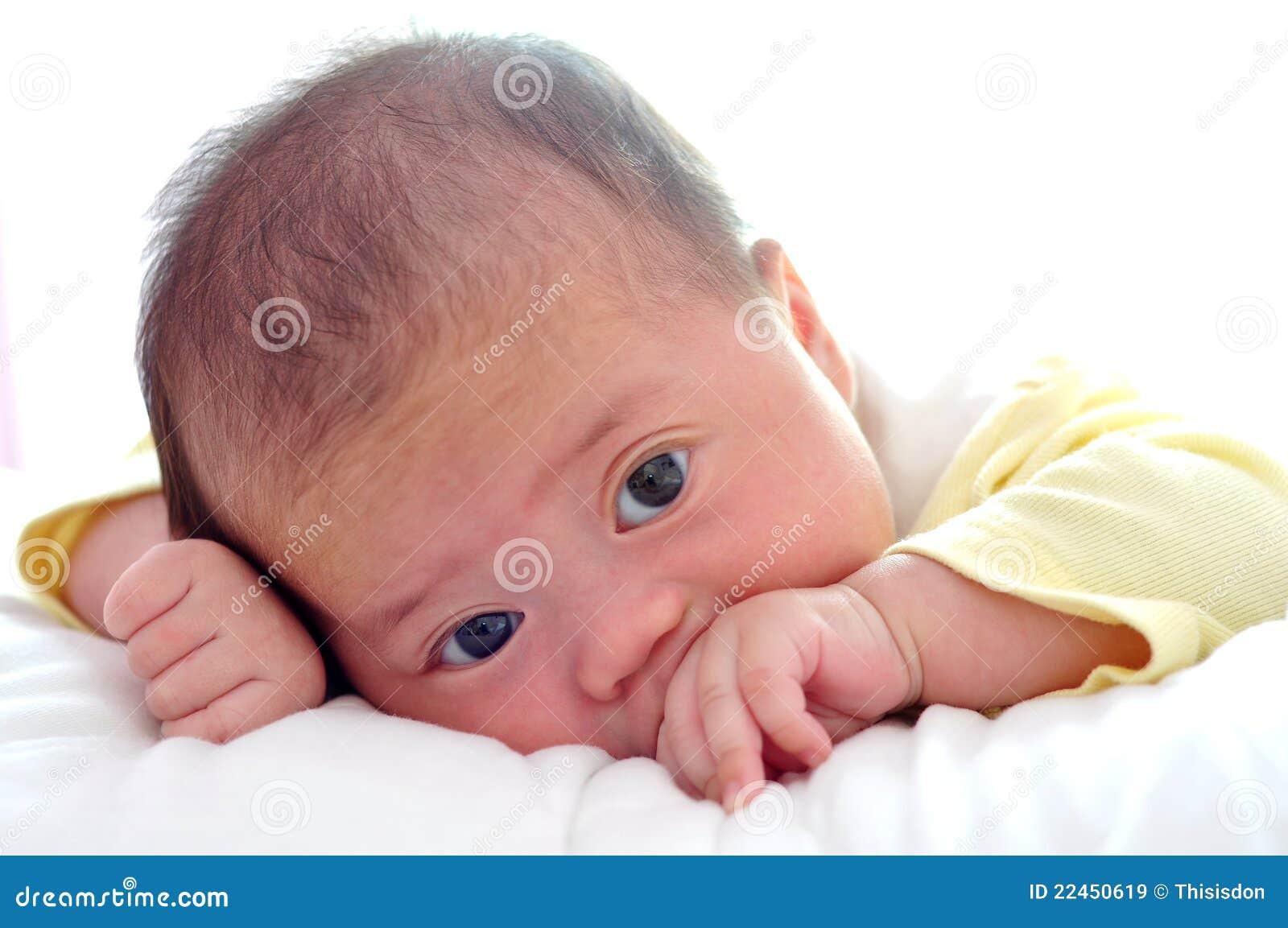Weinig baby die enkel awaking
