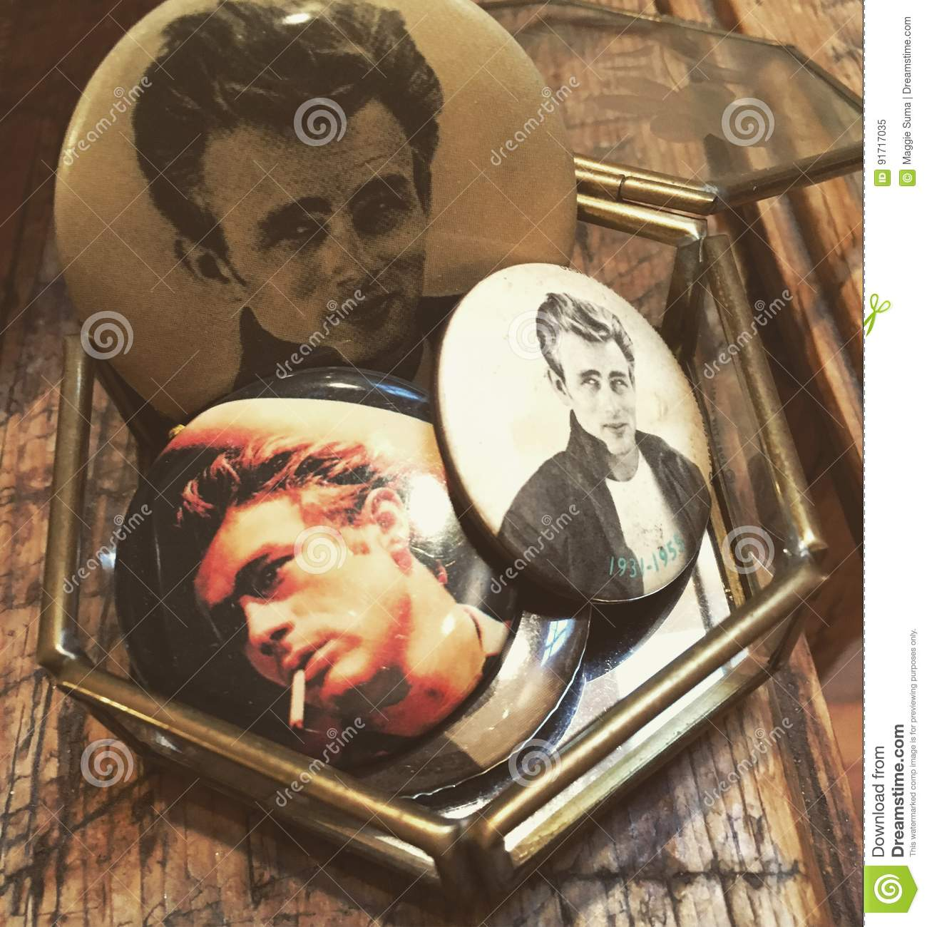 Weinlese James Dean Buttons Picture