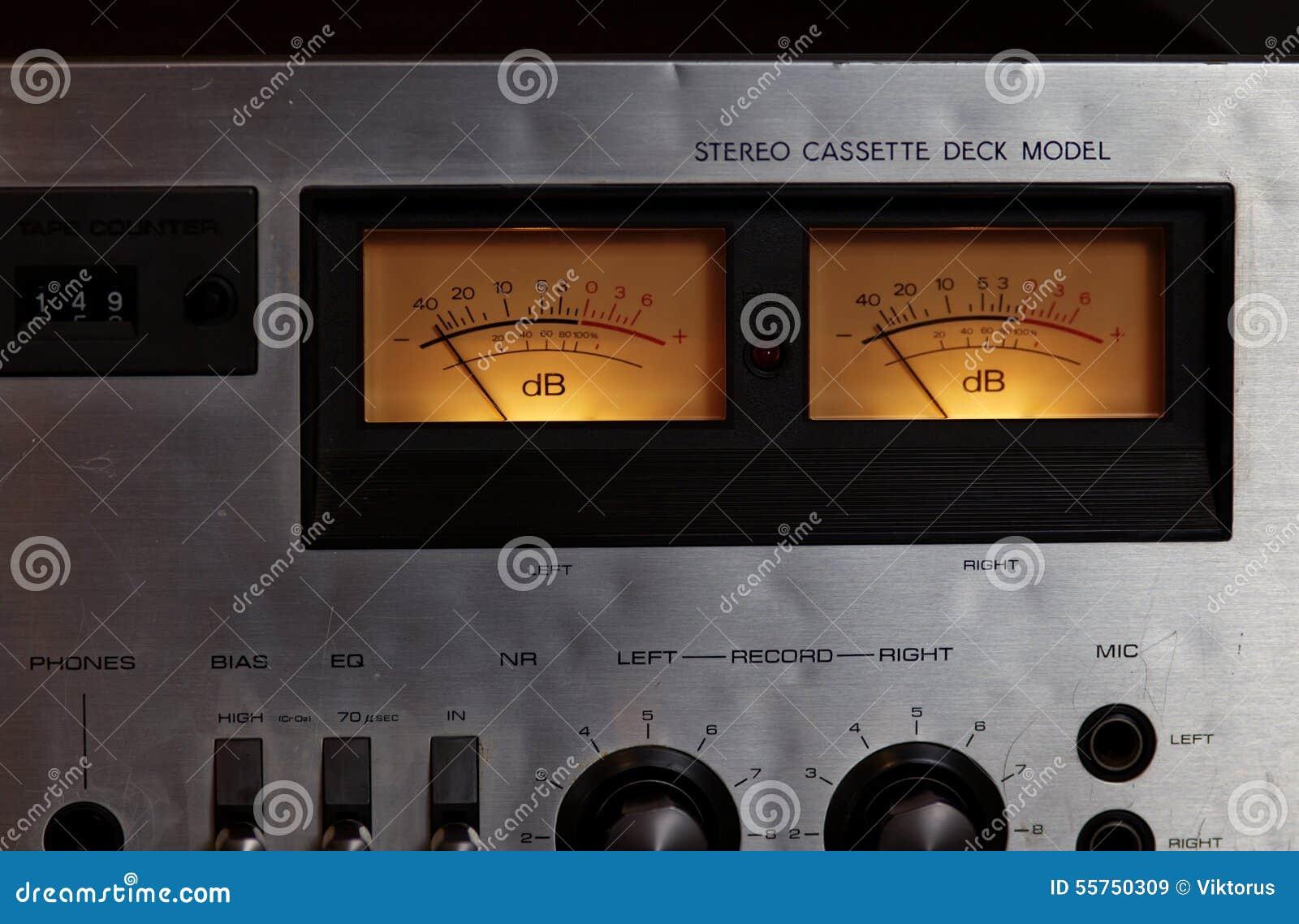 Weinlesestereokassettenplattformspielerrecorder Vu Meter Stockbild 1