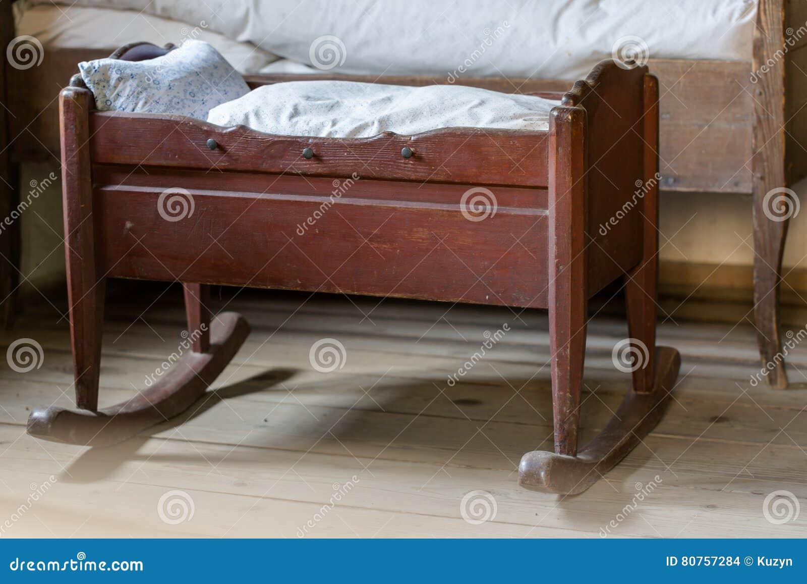Weinlesewiege Stockfoto Bild Von Möbel Traum Nett 80757284