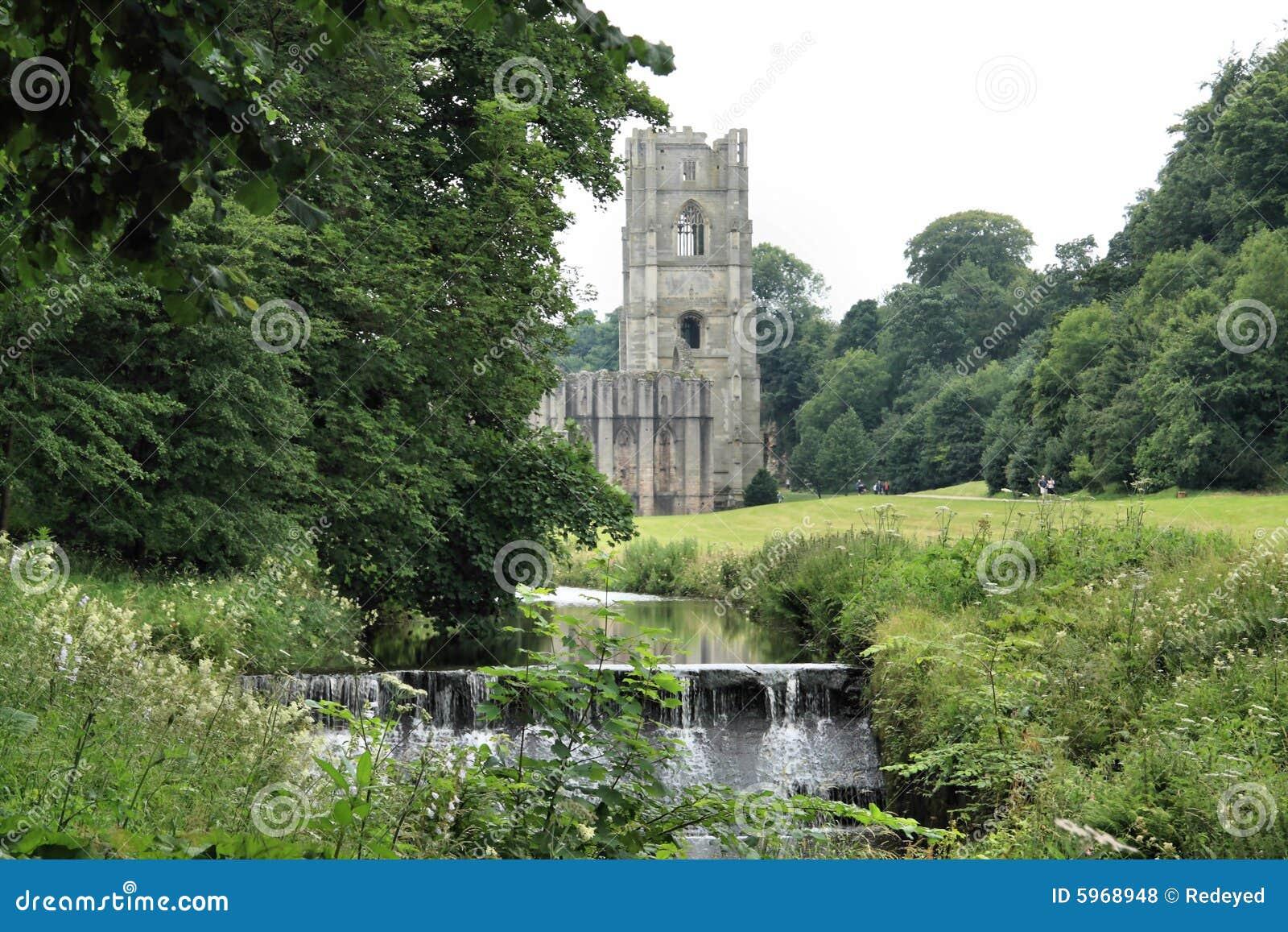 Weir abbey fontann