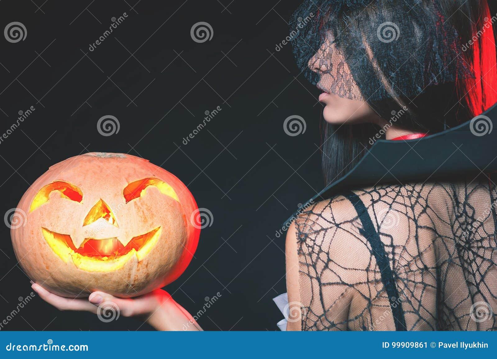 Wejście ogranicza klub nocny, kod ubioru Halloween przyjęcie 2017