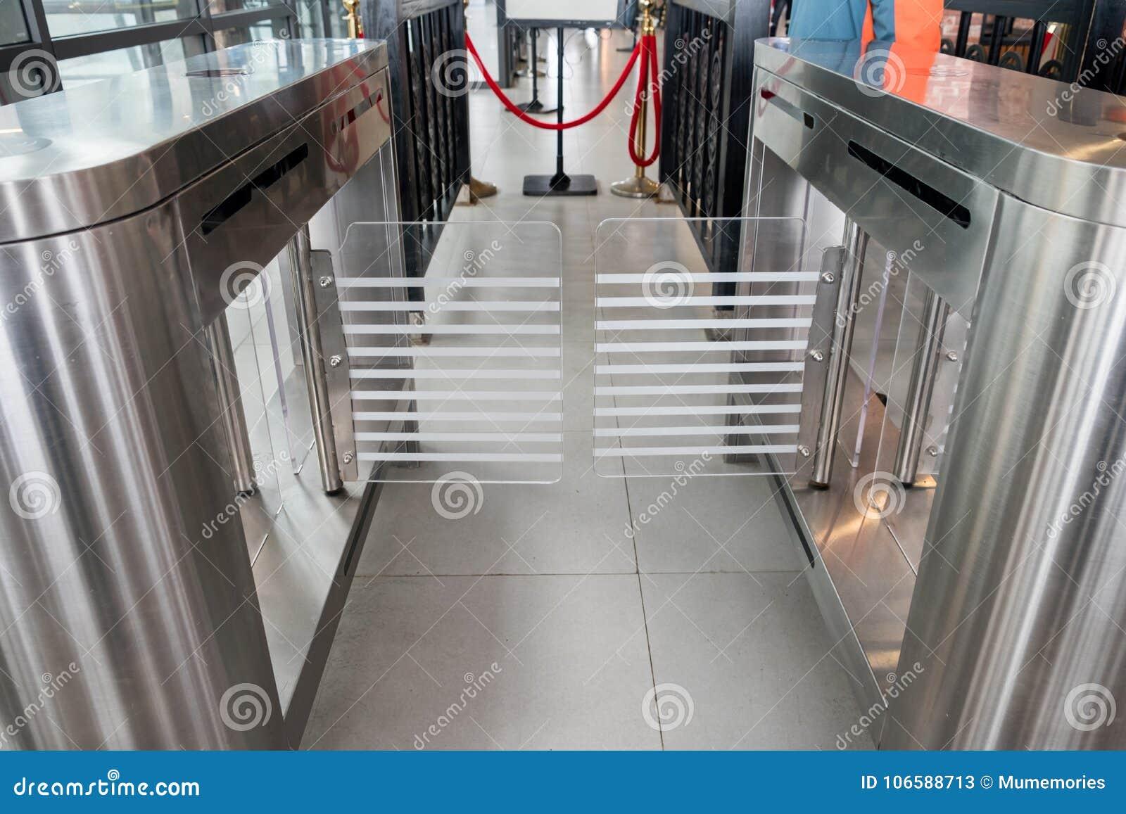 Wejściowy bramy karty dostępu system bezpieczeństwa