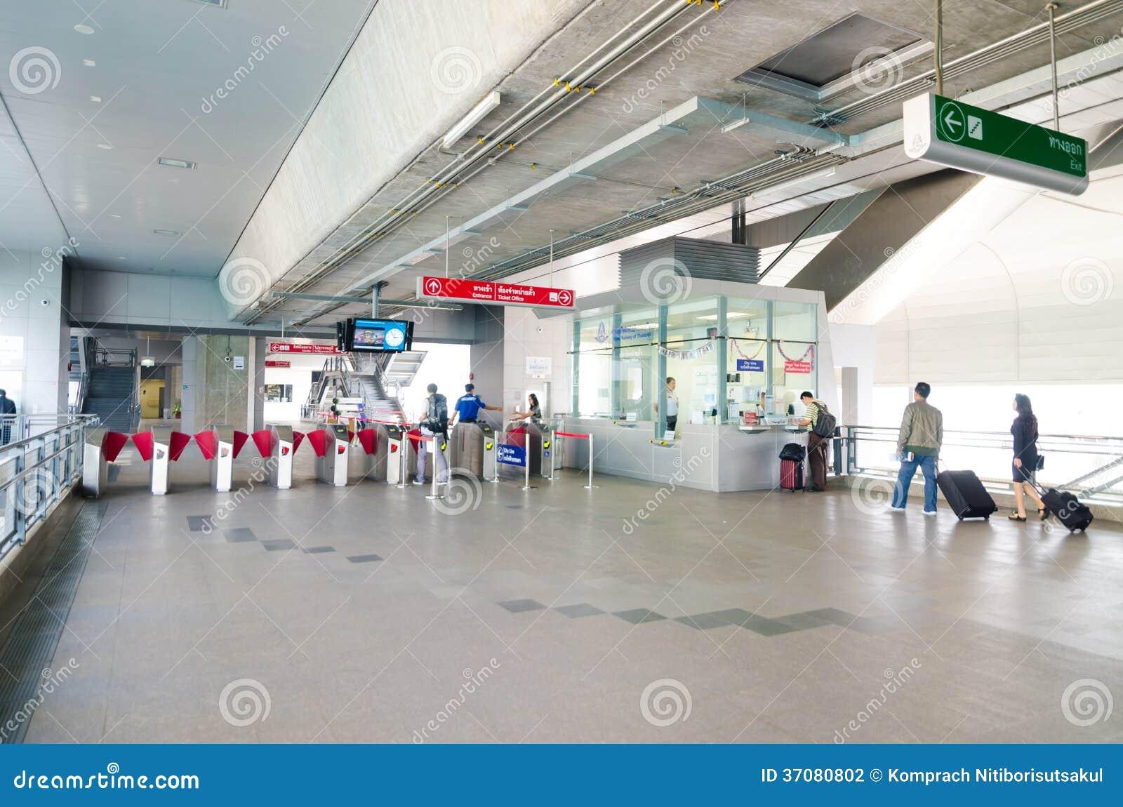 Download Wejście Lotniskowa Kulisowa Payathai Stacja W Bangkok, Tajlandia. Fotografia Editorial - Obraz złożonej z city, stacja: 37080802