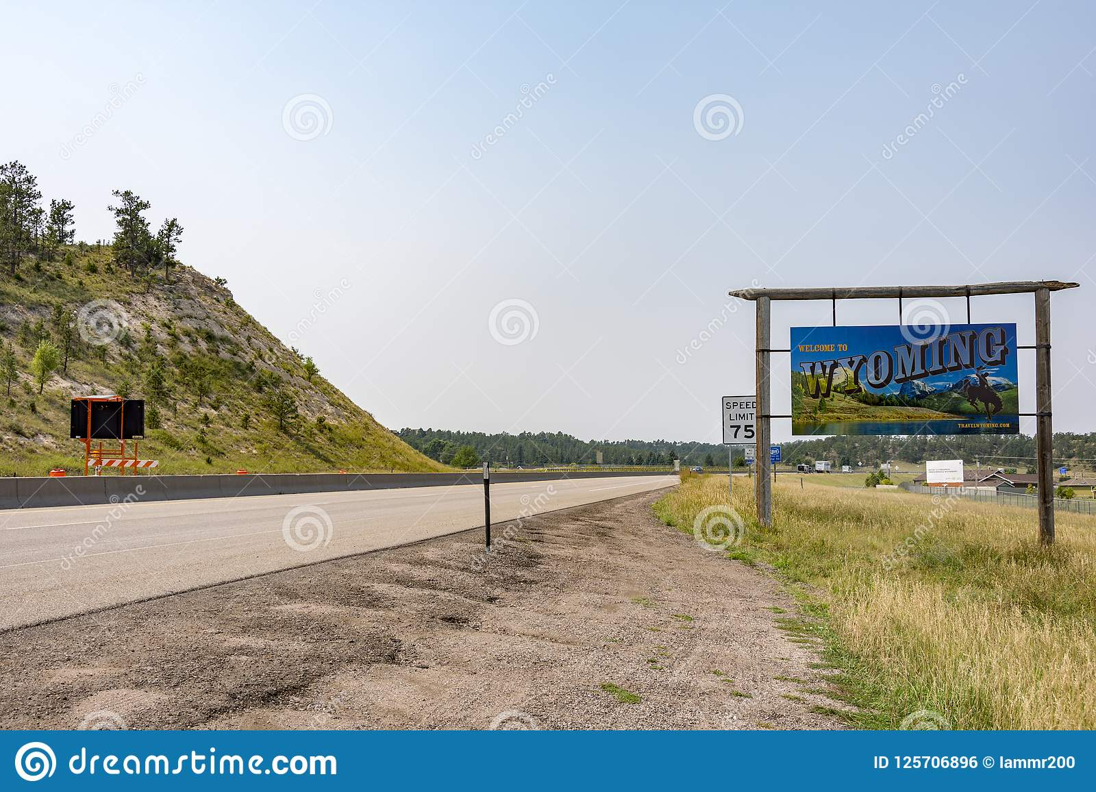 Pine Bluffs Wy >> Welcome To Wyoming Editorial Photo Image Of Traveling