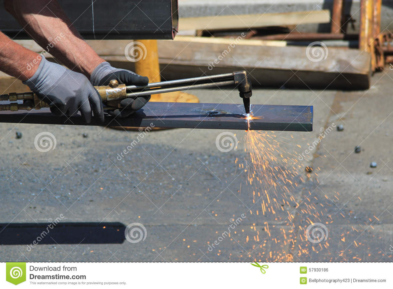 Welding With A Oxy Acetylene Cutting Torch Royalty Free Stock Photo Equipment Diagram 57686181