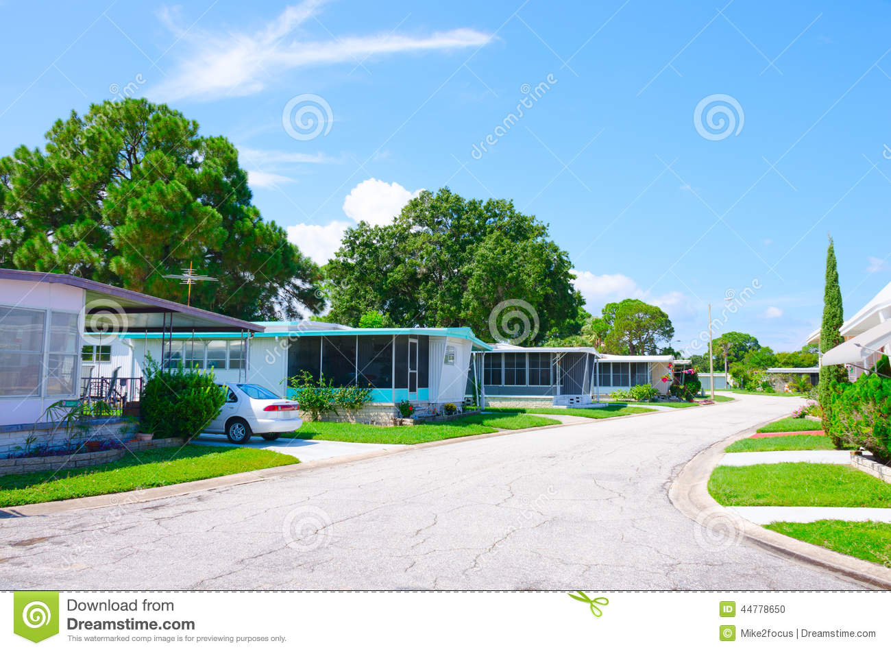 Well Kept Mobile Home Trailer Park In Florida Stock Photo