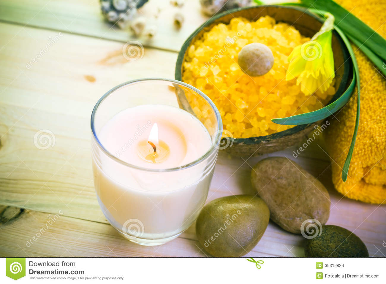Wellness spa concept scented candle stock photo image for Spa smelling candles