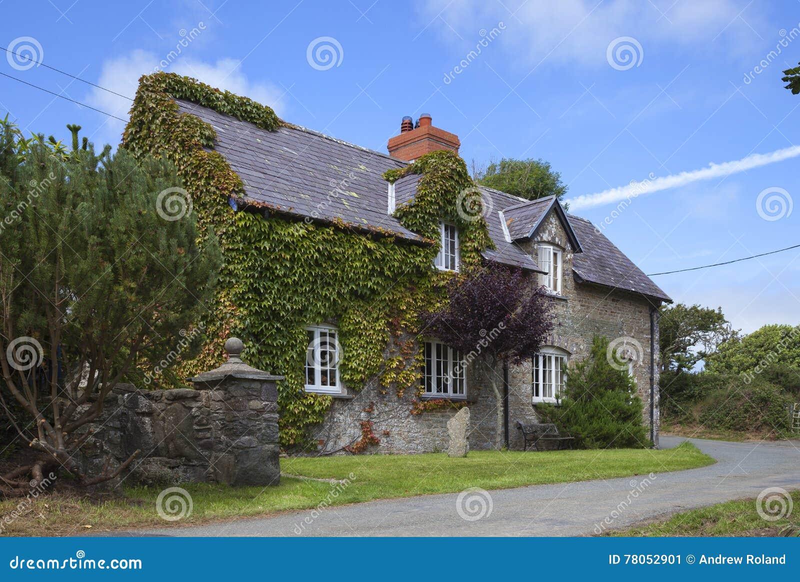 Wels steenplattelandshuisje