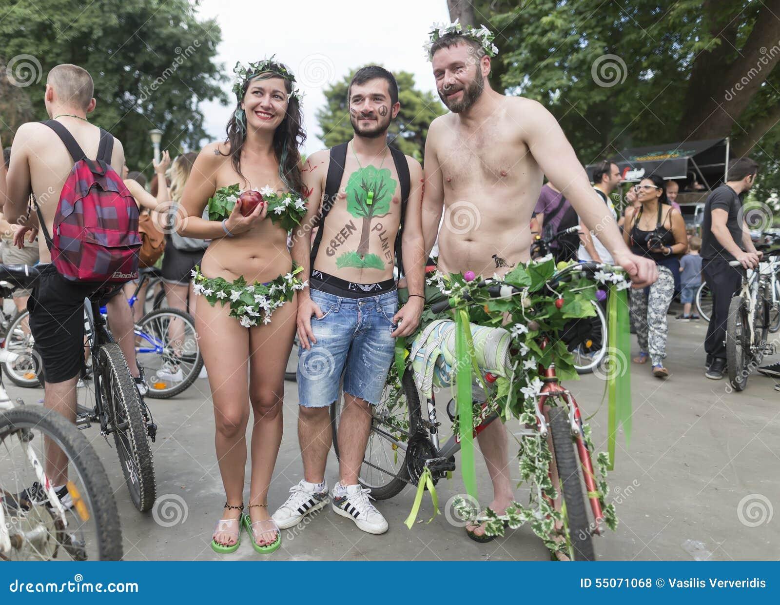 nackt fahrrad parade bilder