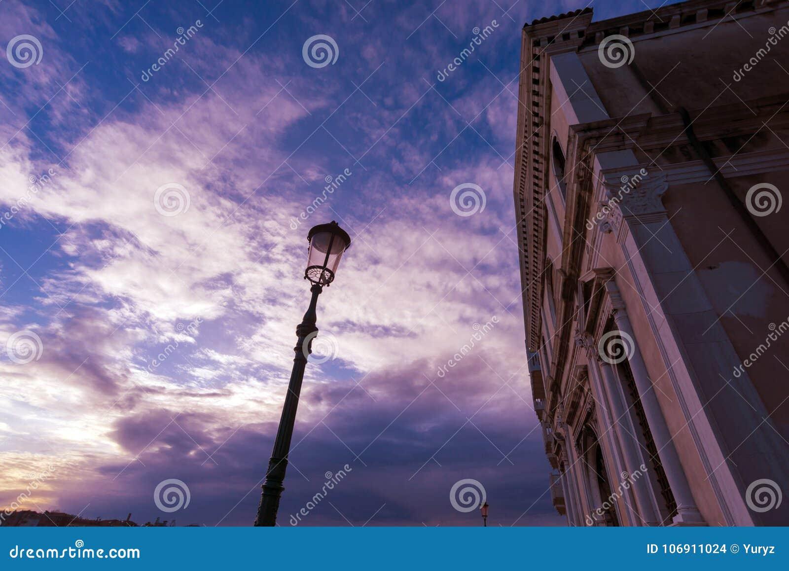 Wenecja wieczór niebo