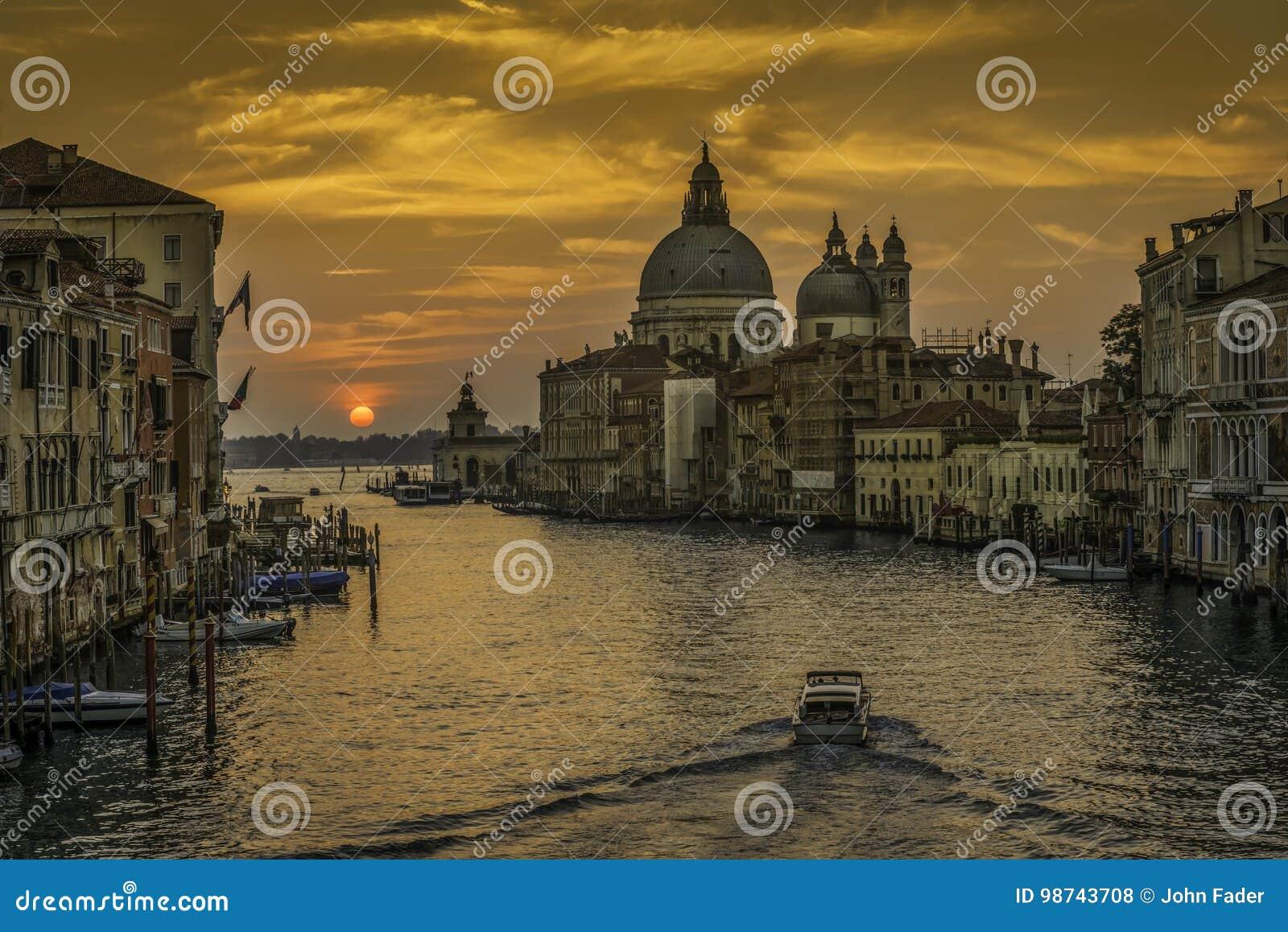 Wenecja wschód słońca