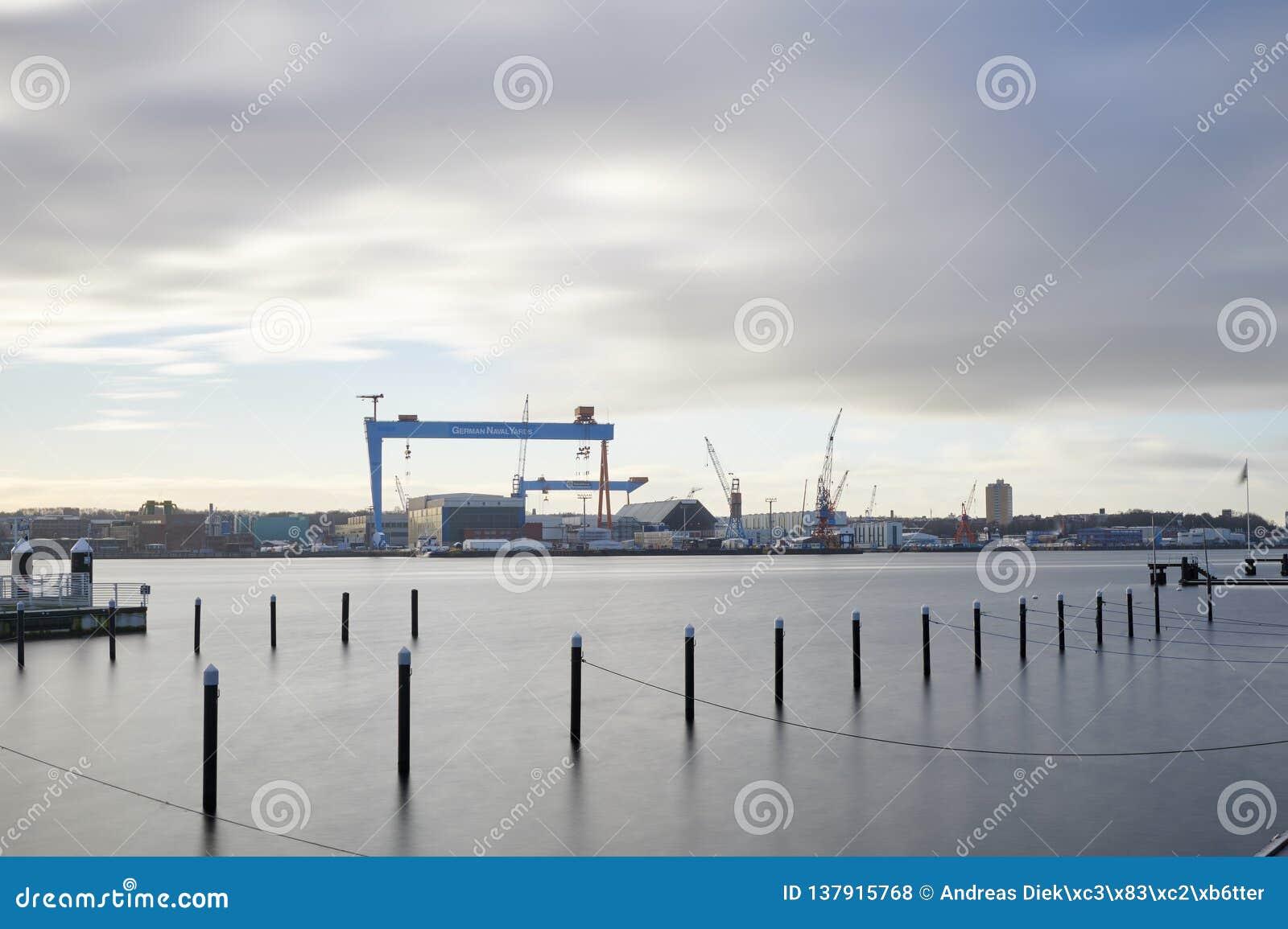 Werft-Gebäude Tyssen Krupp