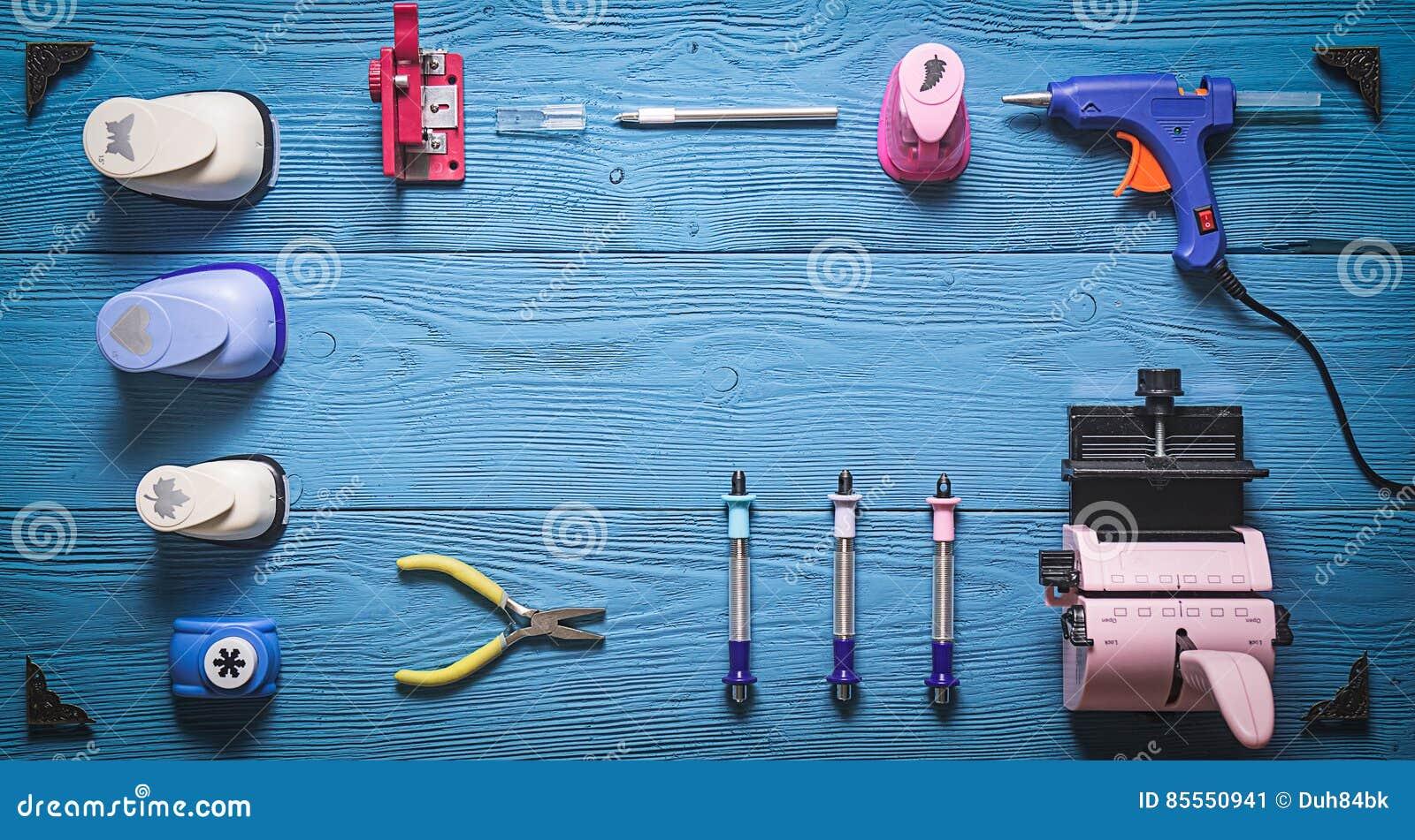 Werkzeuge für Scrapbooking und Kopienraum